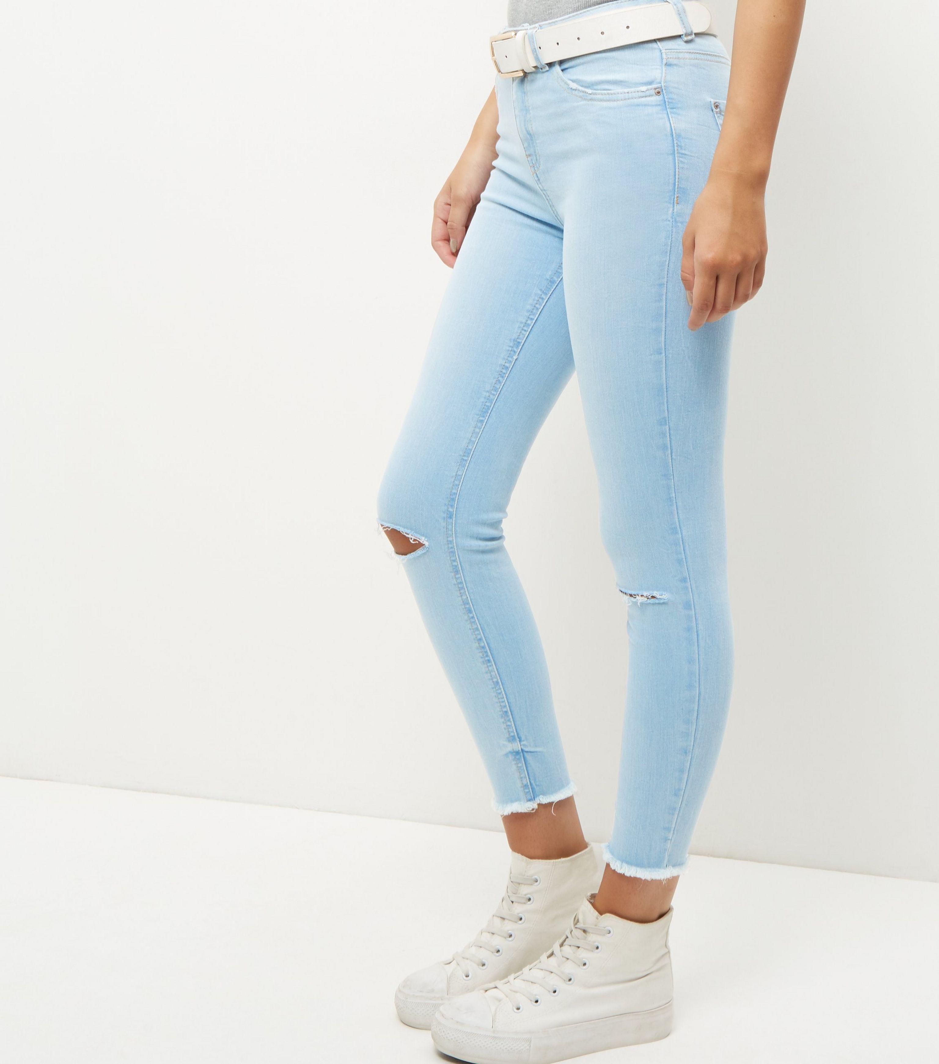 32b0fb34ef3 New Look Blue Fray Hem Ripped Knee Skinny Jeans in Blue - Lyst