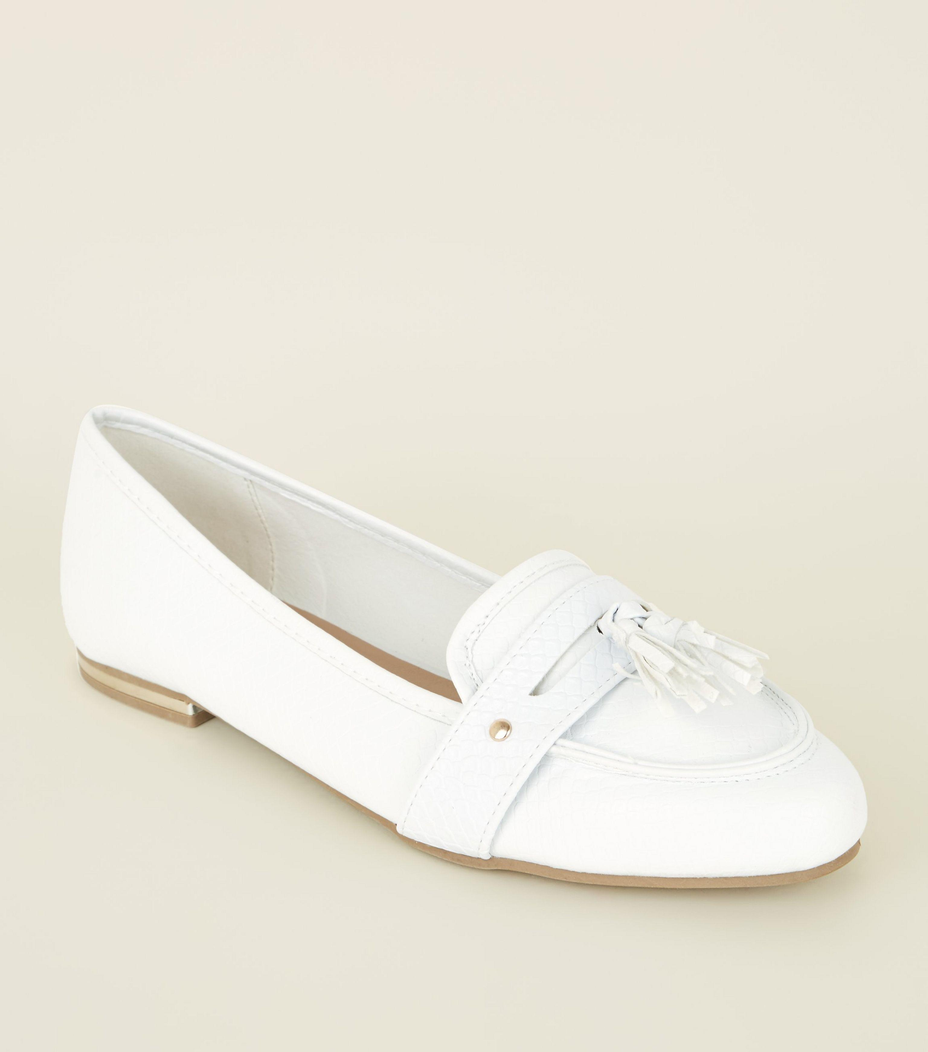 ff6ca4b992f New Look White Faux Snake Pointed Tassel Penny Loafers in White - Lyst