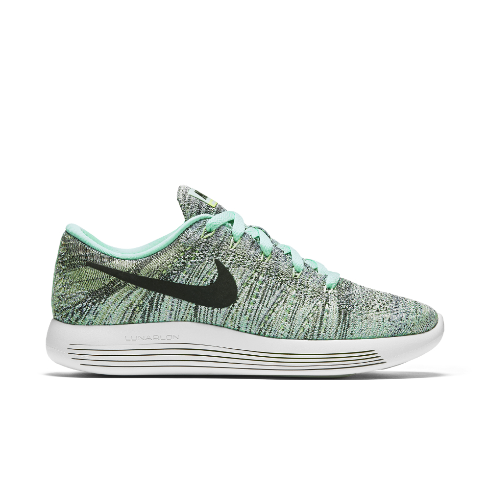 new product daa2f 51a8a Gallery. Previously sold at  Nike · Women s Nike Flyknit ...