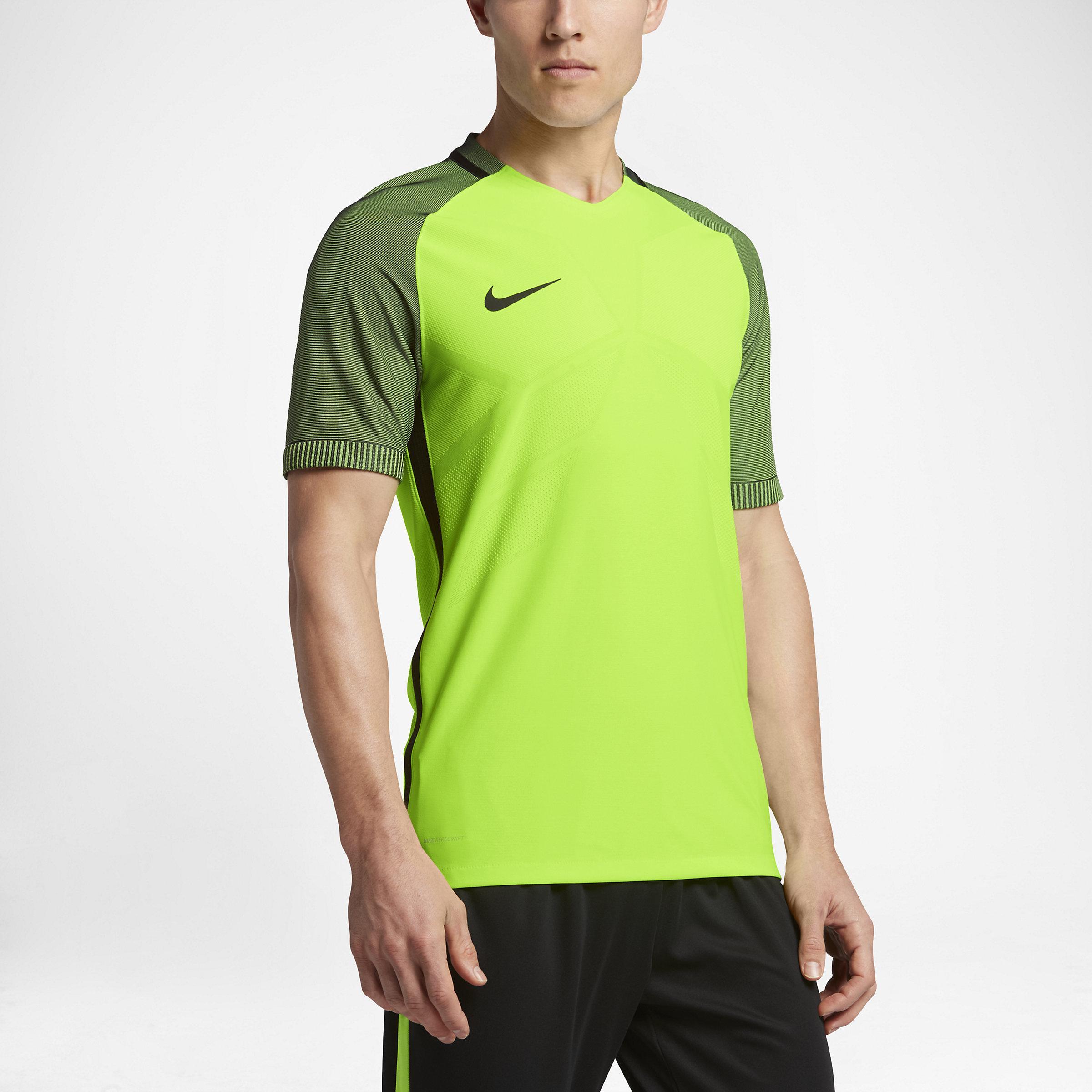9c7202b72 Nike Strike Aeroswift Men's Short Sleeve Soccer Top in Green for Men ...