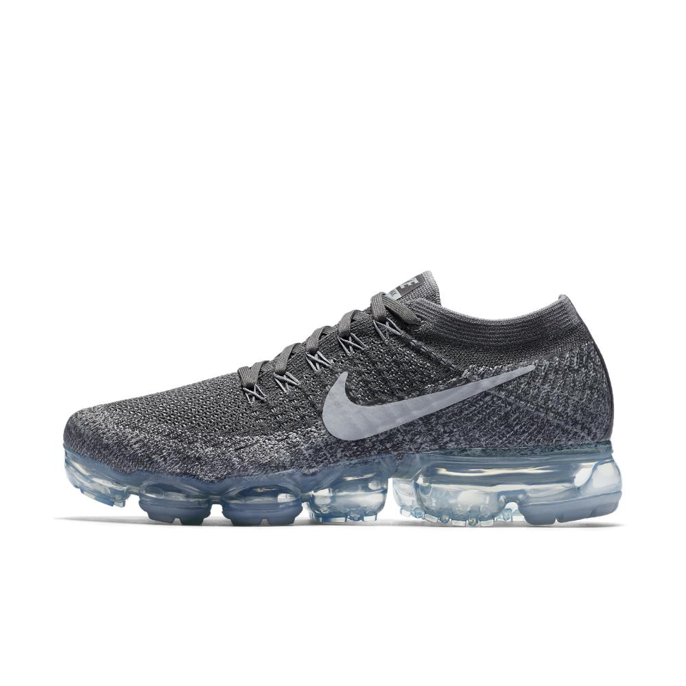 9b93dd6f63d45 Lyst - Nike Air Vapormax Flyknit Women s Running Shoe in Gray