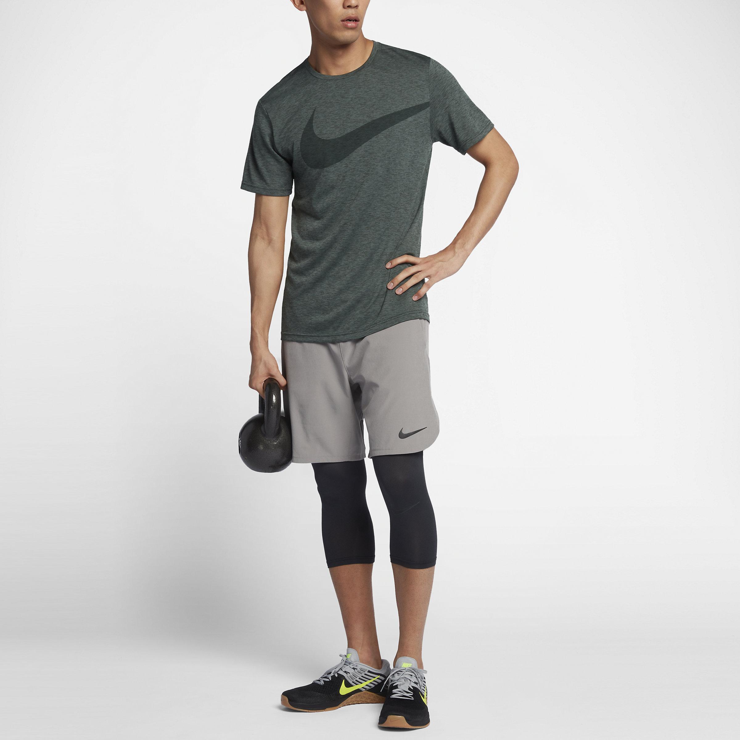 Nike Synthetic Breathe Swoosh in Green for Men