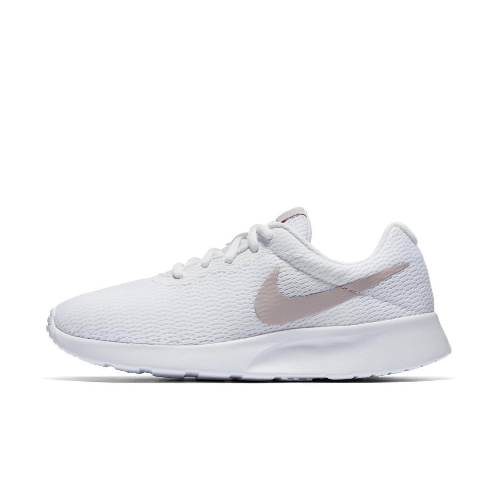 Nike Tanjun Women's Shoe in White