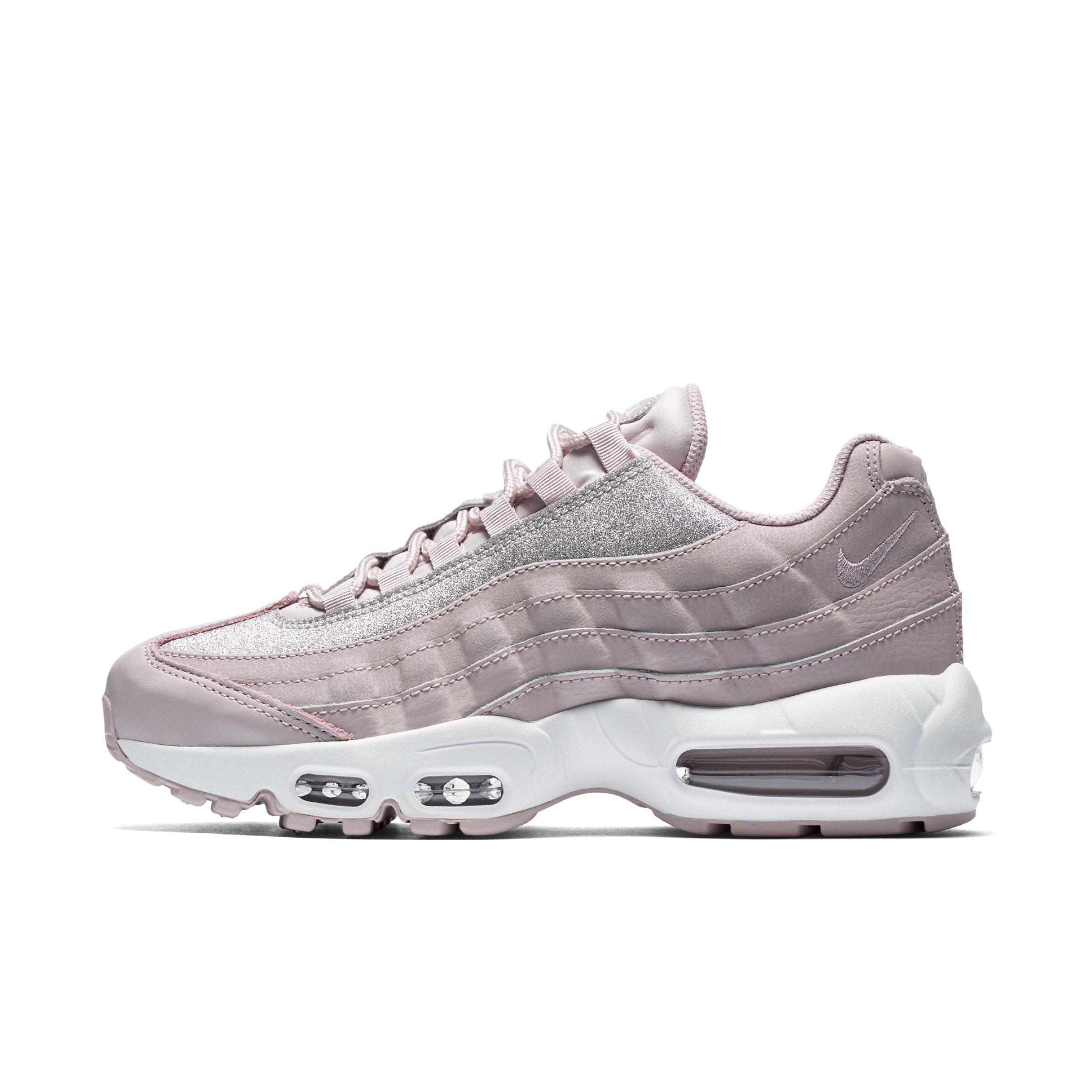 1165b0cb82f4da Nike Air Max 95 Se Glitter Shoe in Pink - Lyst