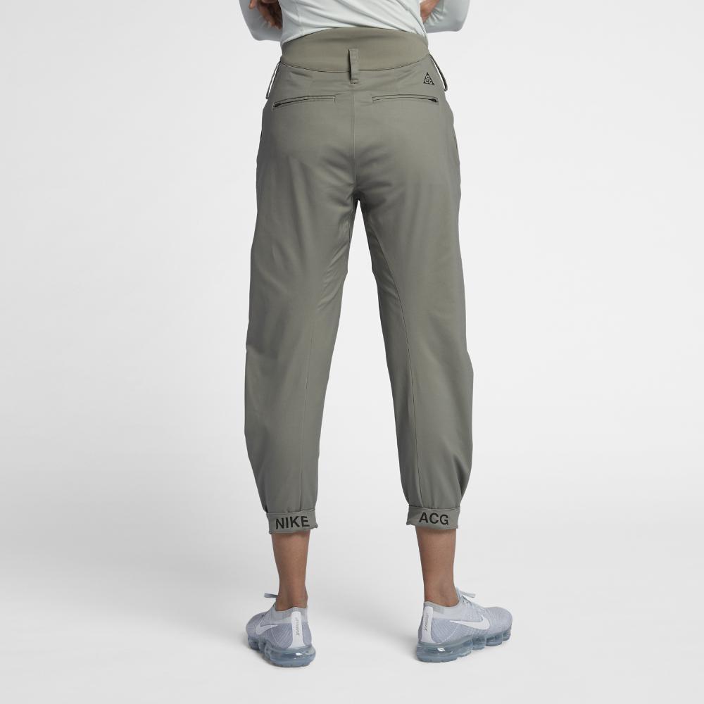 nike woman pants