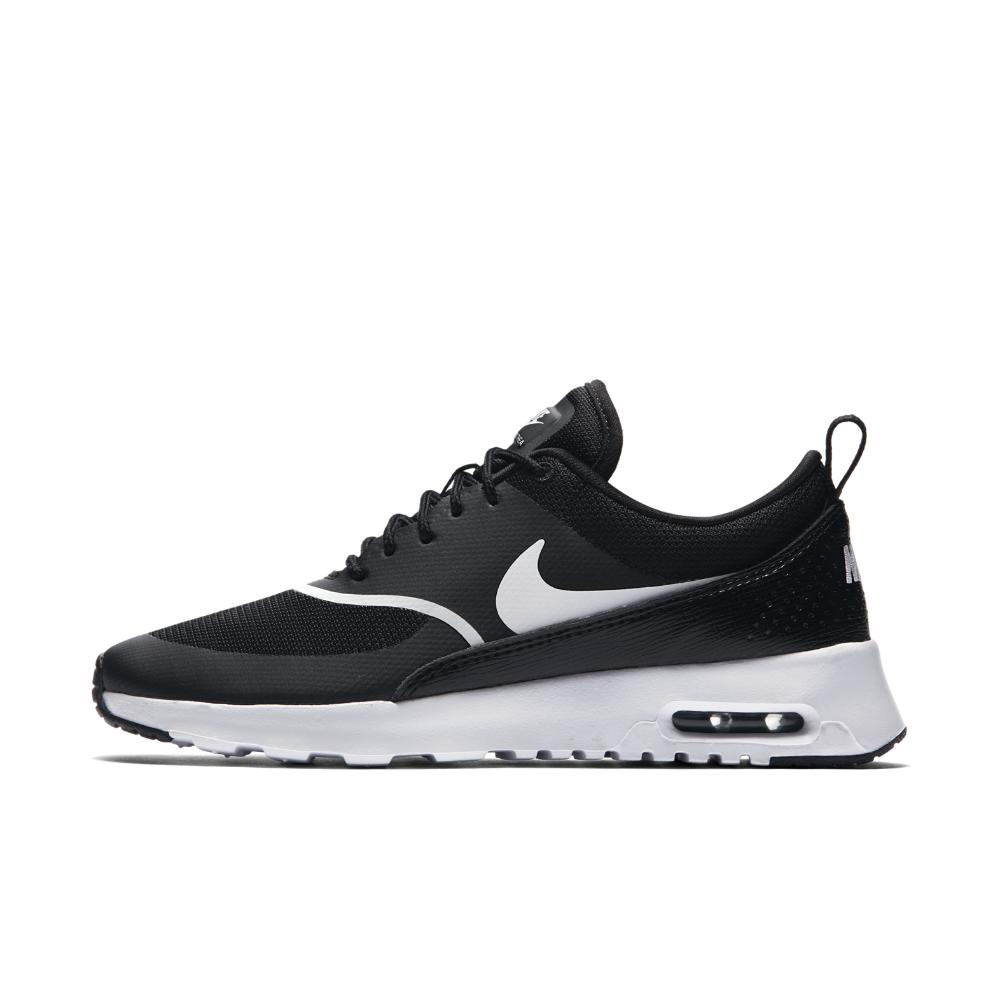 pretty nice 6e4cc 19264 Nike - Women s Air Max Thea Trainers Black - Lyst