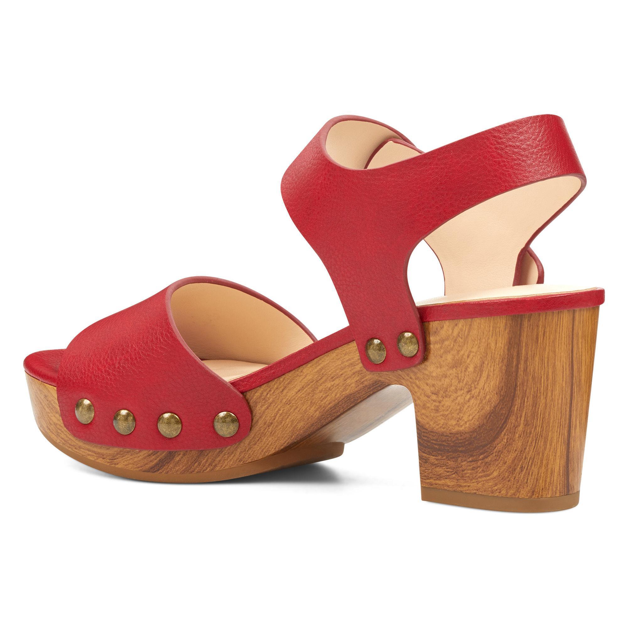 bd3cb76c2e50 Lyst - Nine West Cecilia Platform Sandals in Red