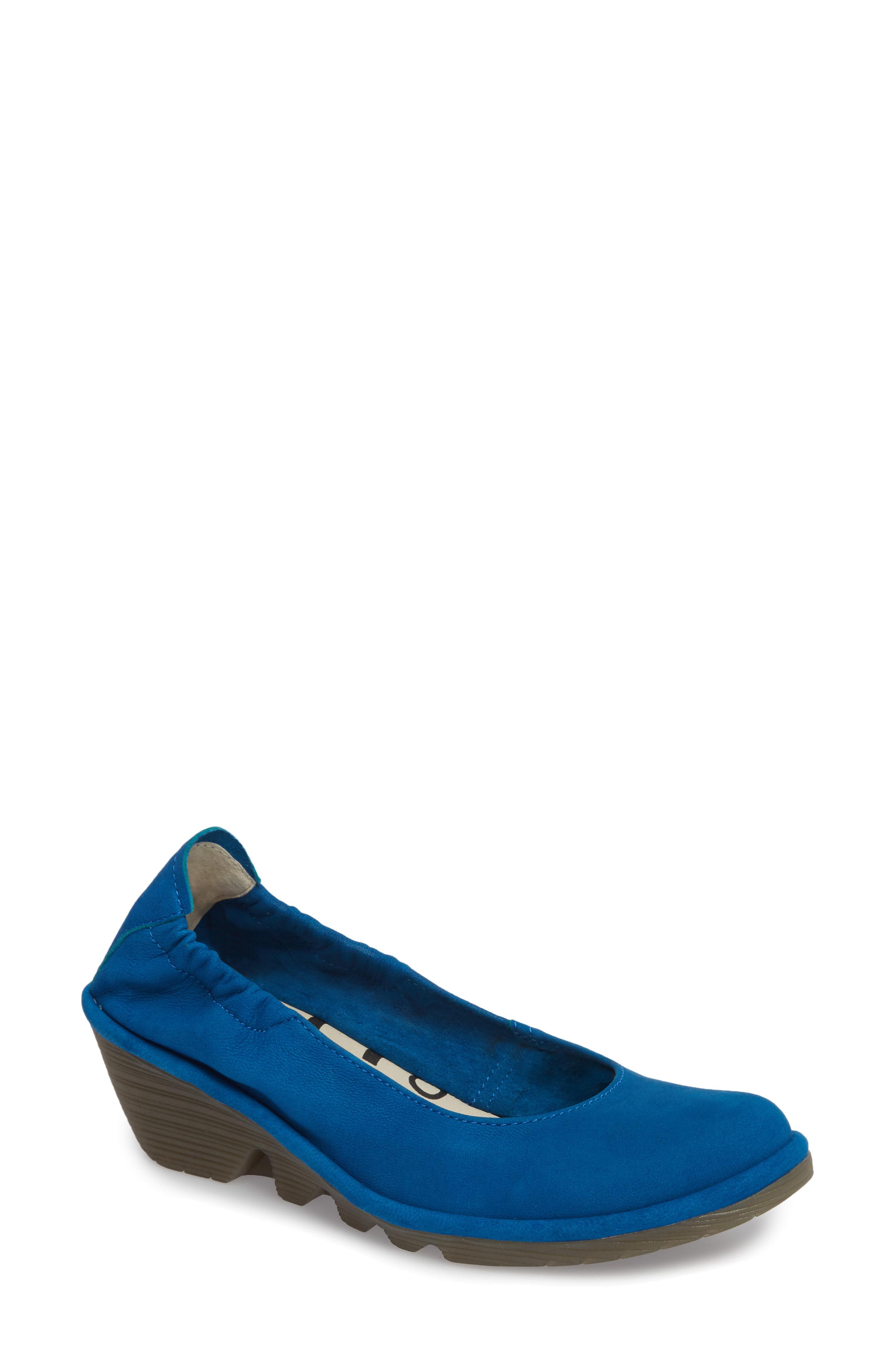 d1e100f9ca4 Fly London Pled Wedge in Black - Save 50% - Lyst