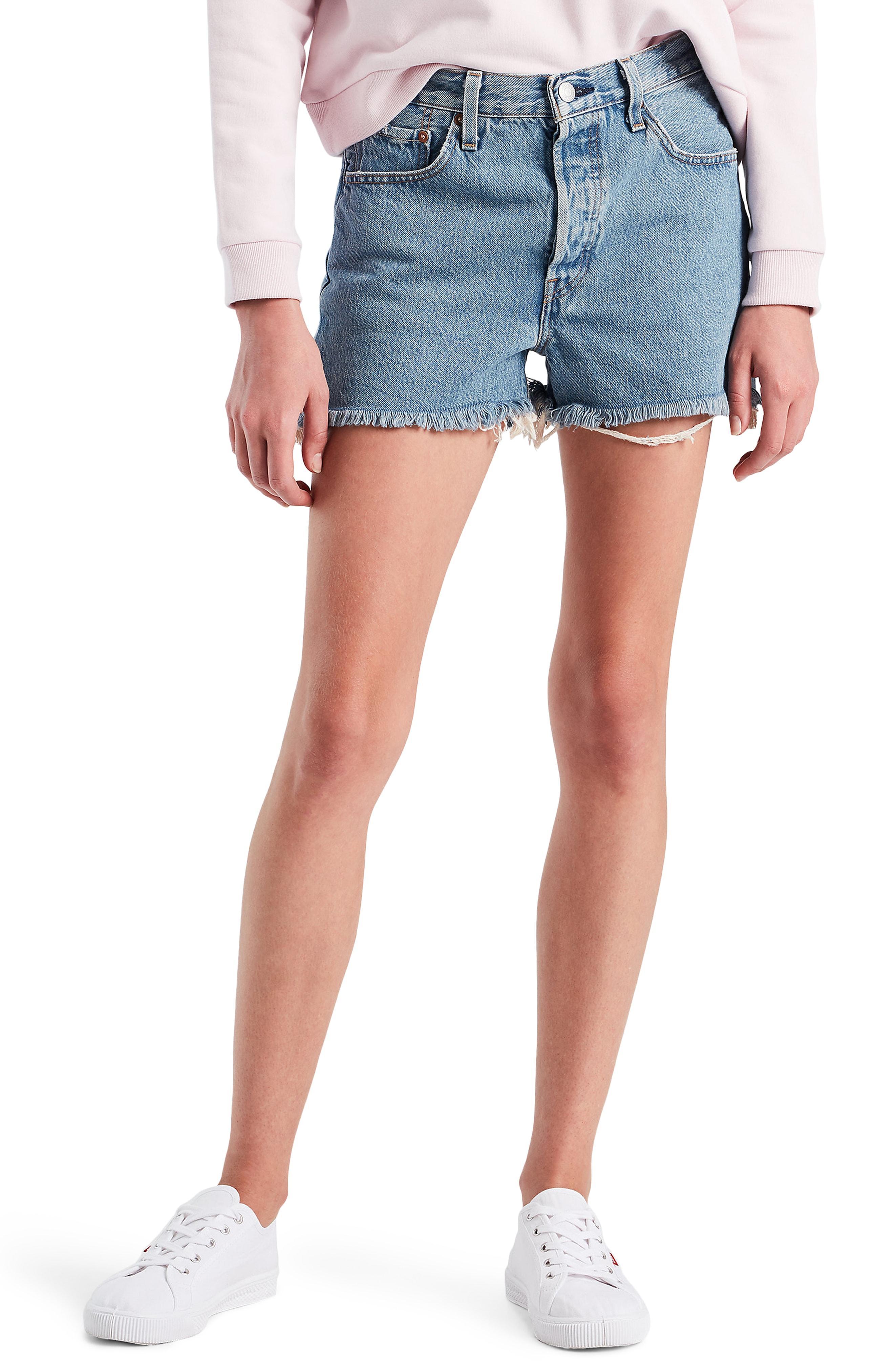 levis denim shorts 501