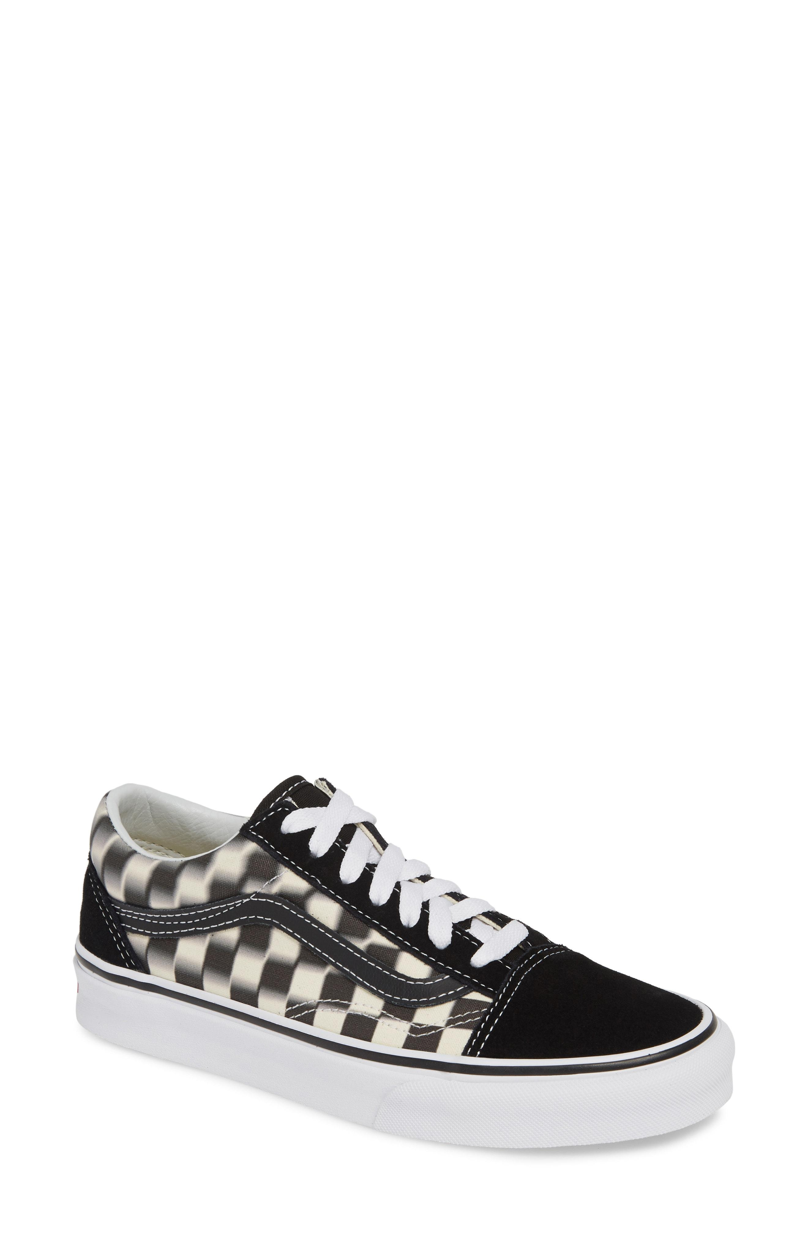 5a41d4c7a3f Lyst - Vans Old Skool Blur Checkerboard Sneaker in Black