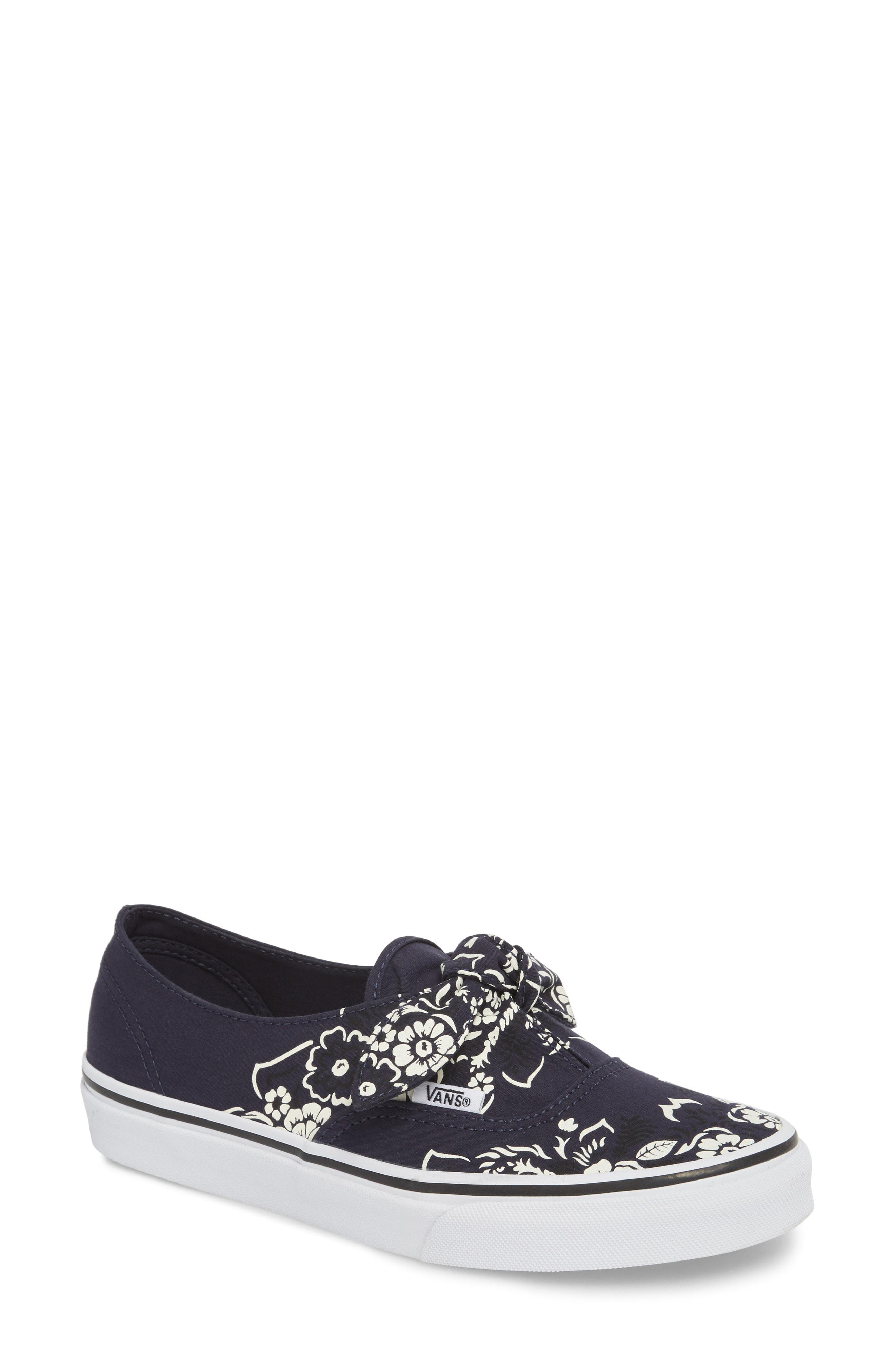 ce4d0a75be11 Gallery. Previously sold at  Nordstrom · Women s Oxford Sneakers ...