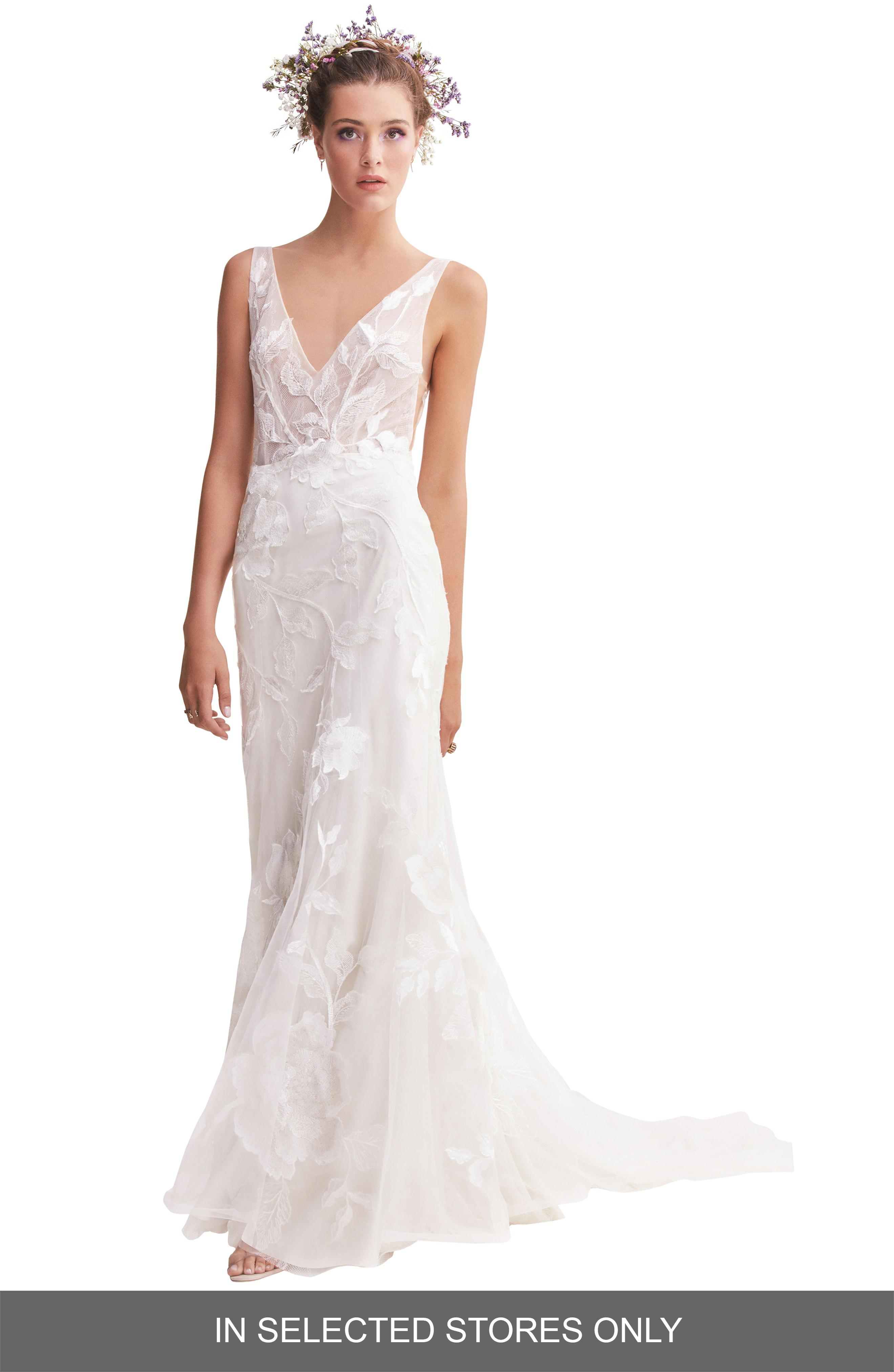 bac52a3209c WILLOWBY. Women s Honor Lace   Tulle Trumpet Wedding Dress