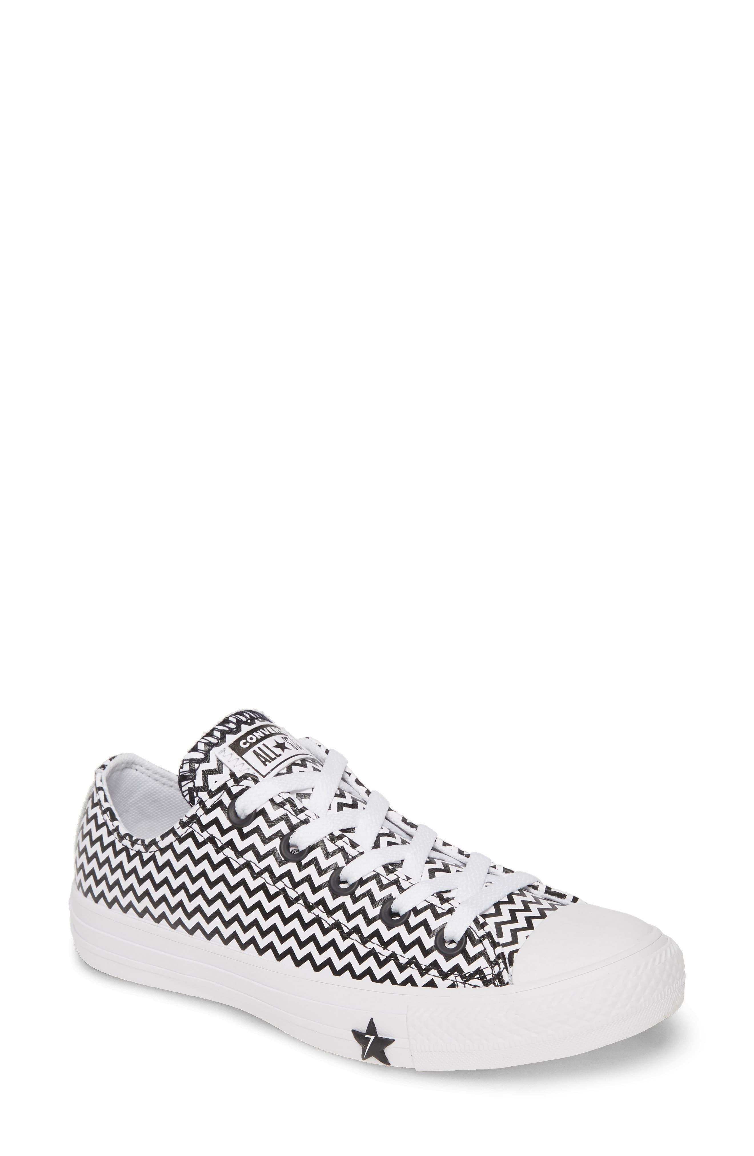 Converse Converse Chuck Taylor All Star Mission V Ox (WhiteConverse BlackWhite) Women's Shoes from Zappos | ShapeShop
