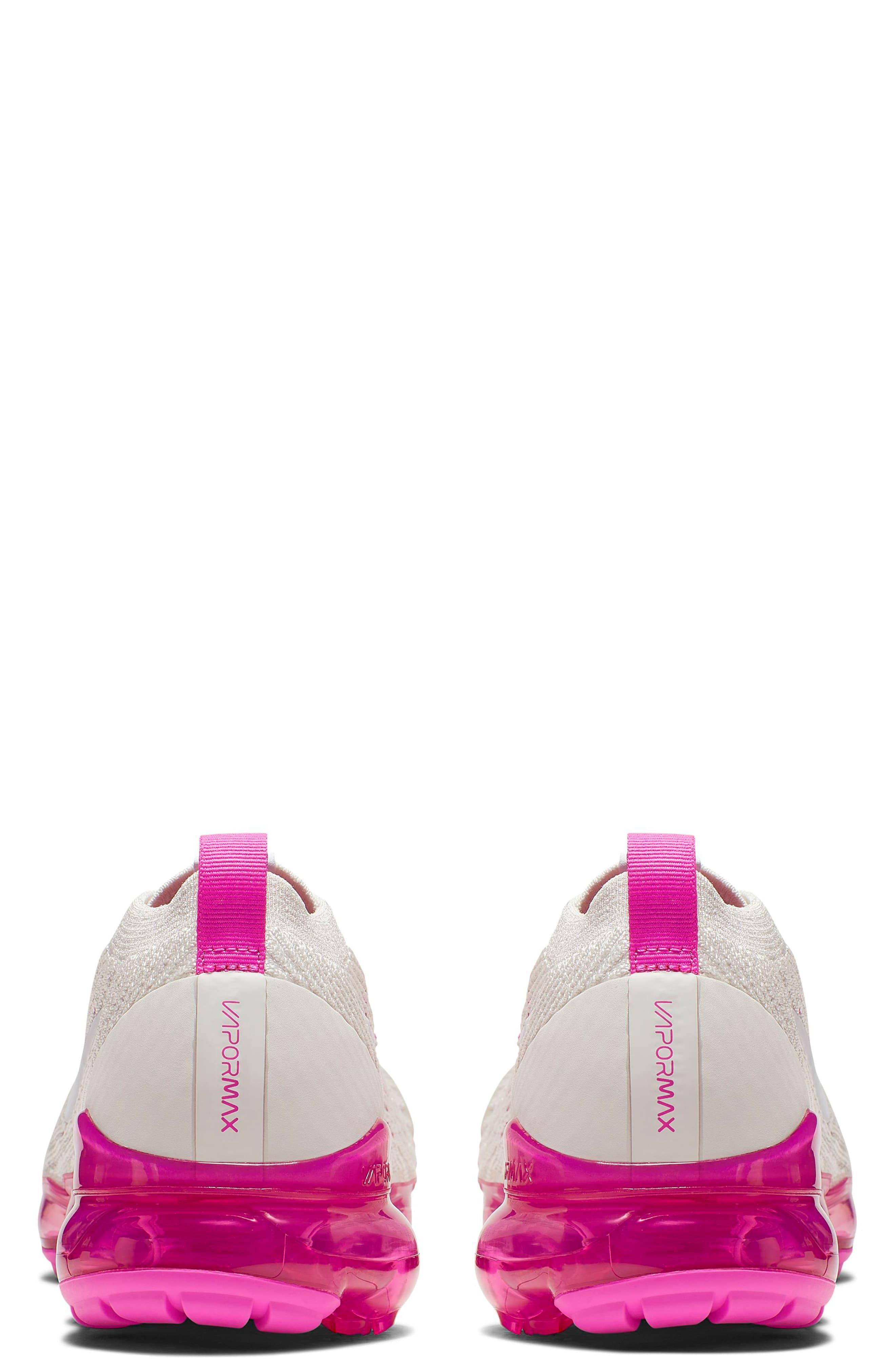 brand new d3288 a12d4 Women's Pink Air Vapormax Flyknit 3