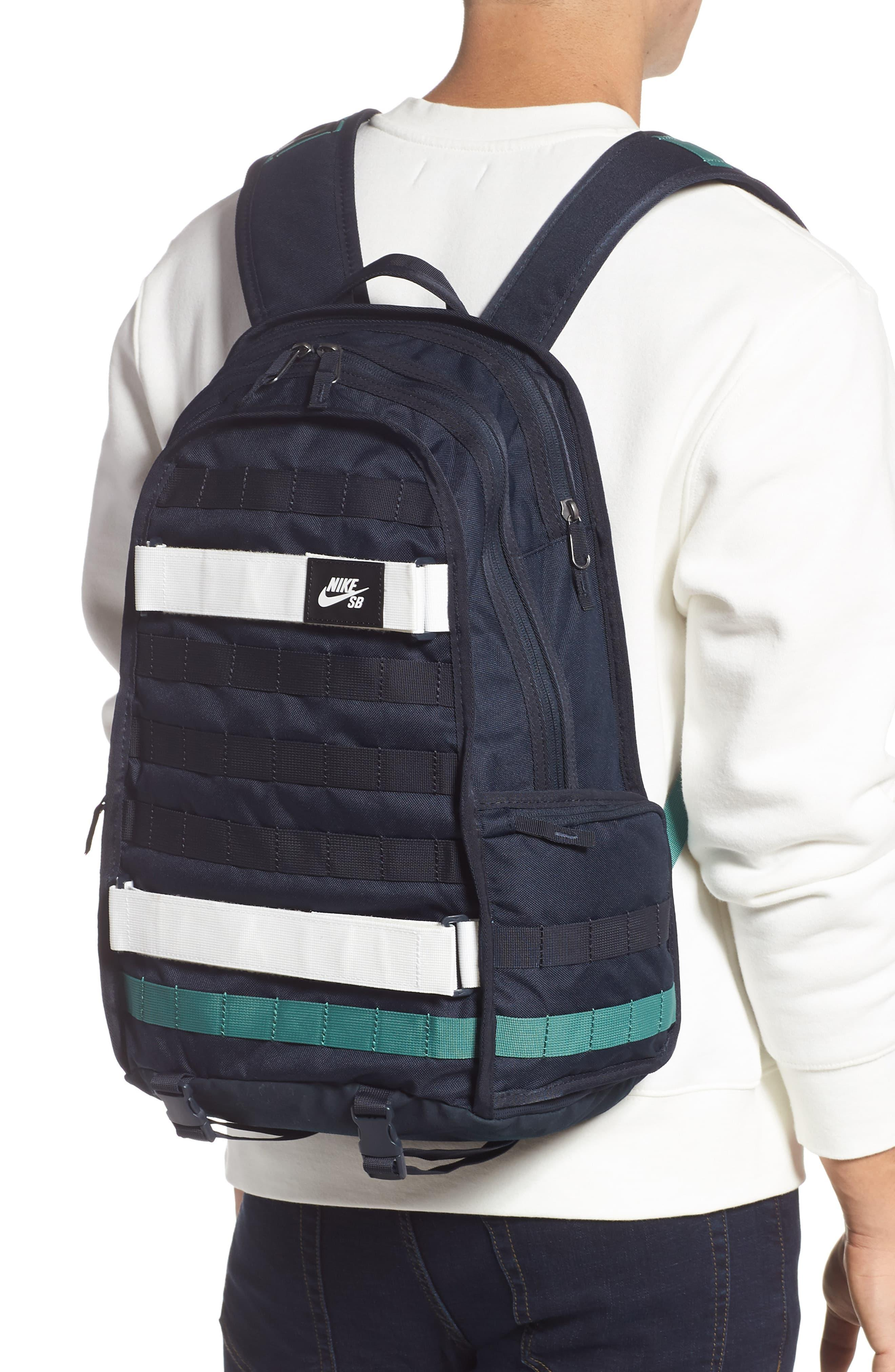inquilino muy agradable Oscurecer  Nike Sb Rpm Skateboarding Backpack in Navy (Blue) for Men - Save 45% - Lyst