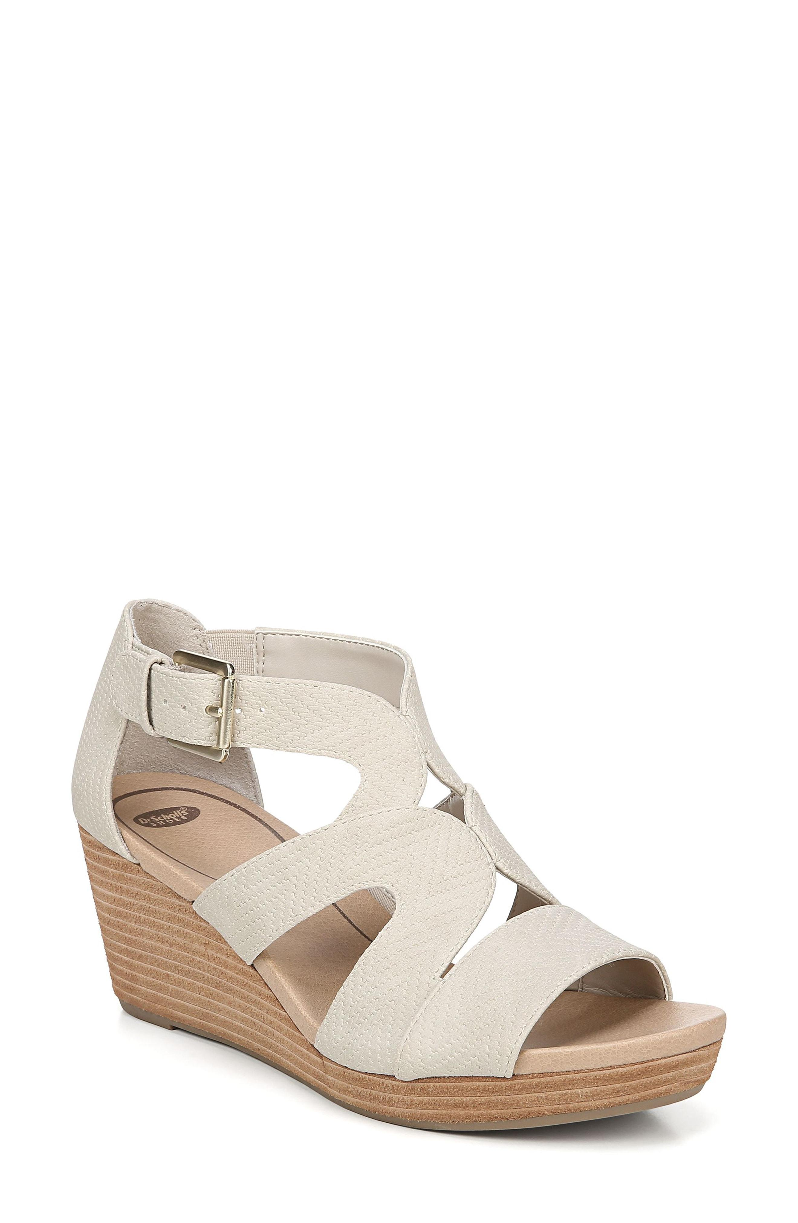 5bfdd69b295 Dr. Scholls. Women s Bailey Wedge Sandal