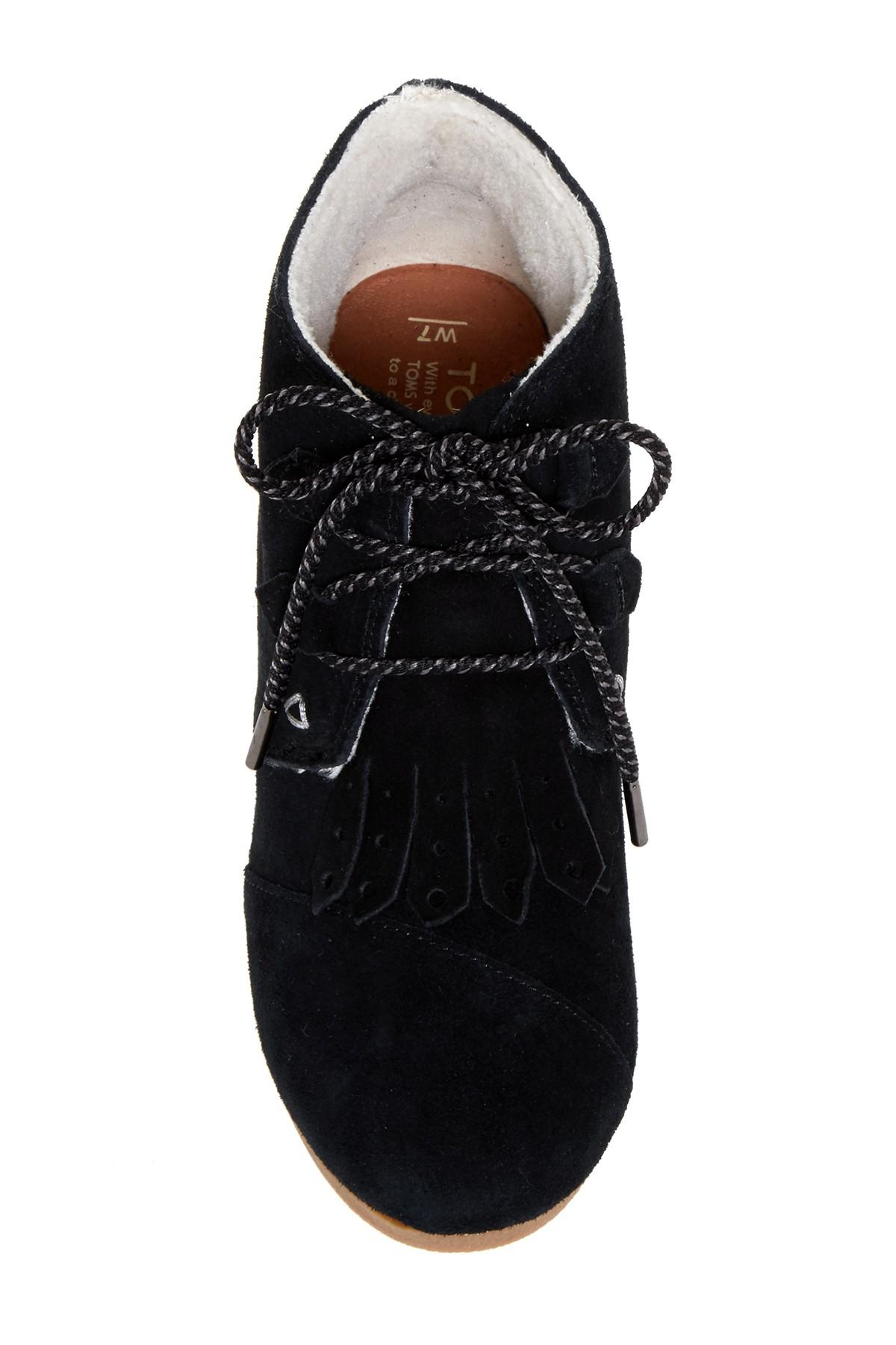 Women S Kiltie Shoes Toms