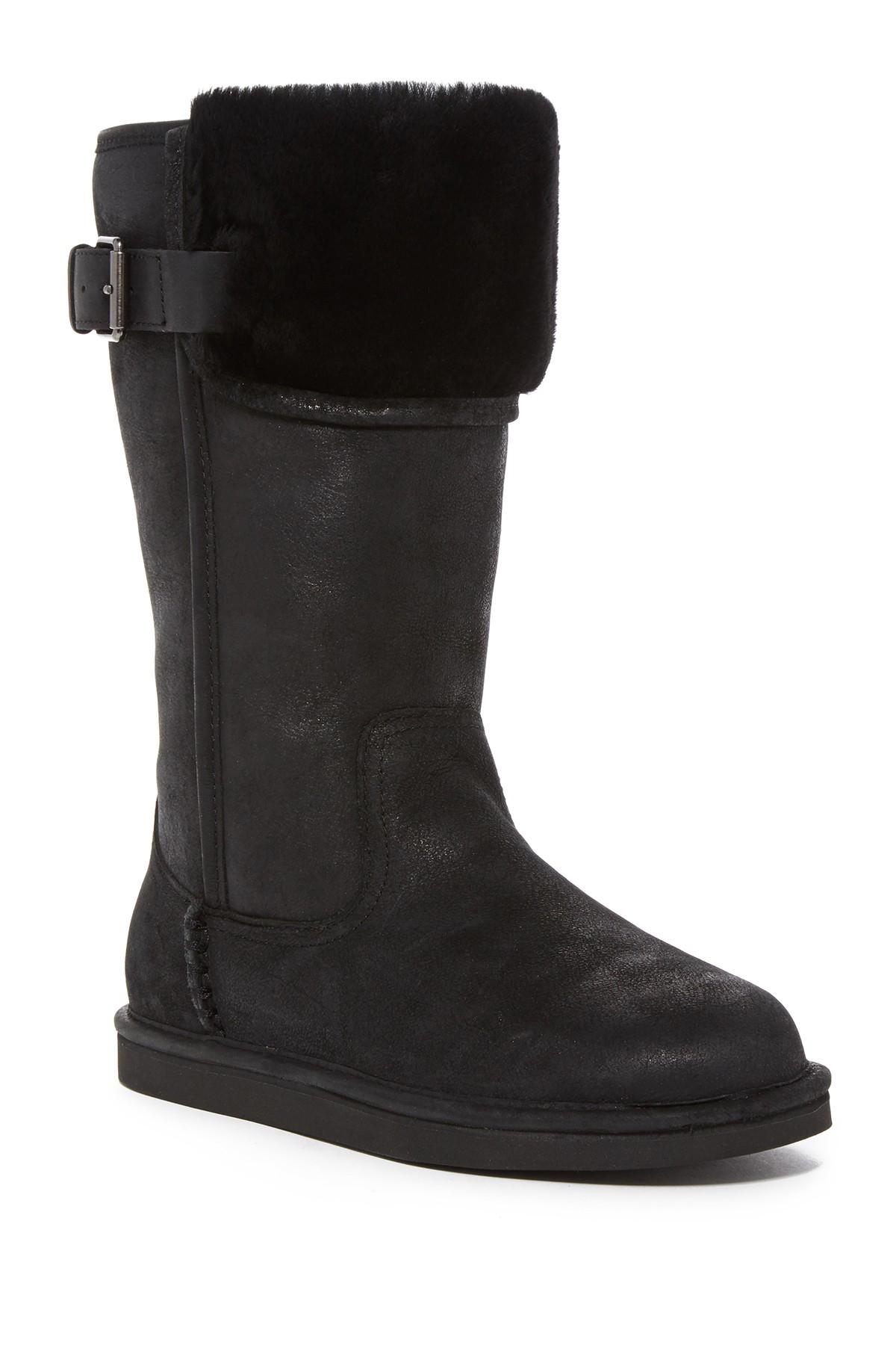 Ugg Wilowe Genuine Sheepskin Cuff Boot in Black