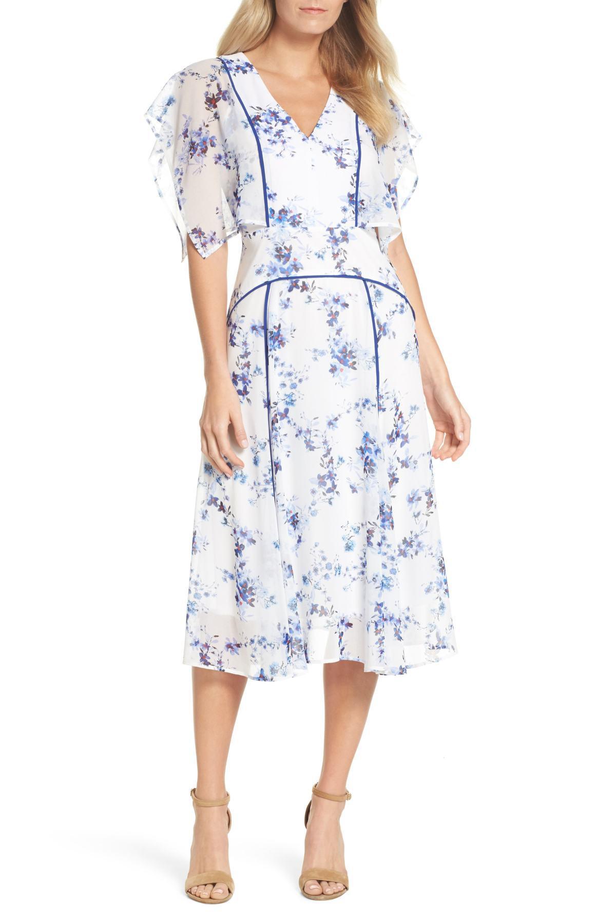808253e90 Chelsea28 Floral Flutter Sleeve Midi Dress in Blue - Lyst