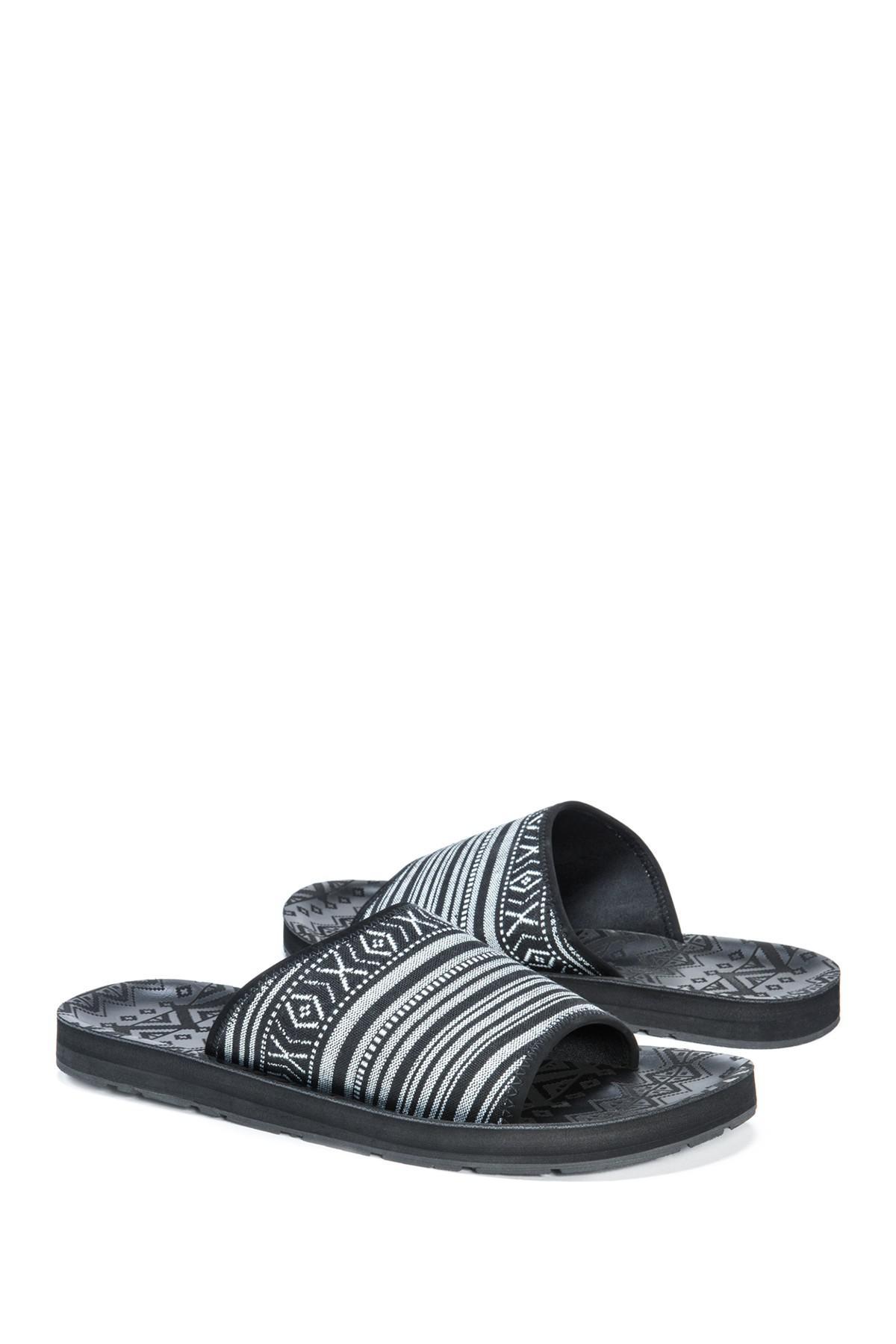 bd8fd7fea4df Muk Luks - Black Hendrix Slide Sandal for Men - Lyst. View fullscreen