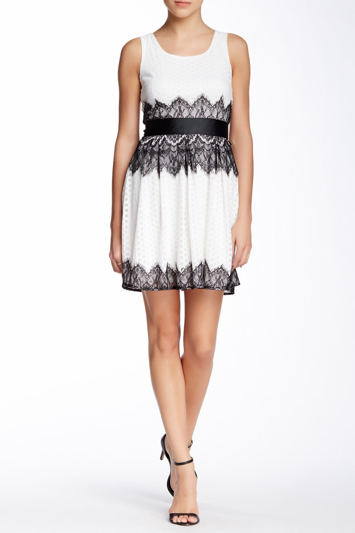 Doe Amp Rae Lace Trim A Line Dress In White Lyst