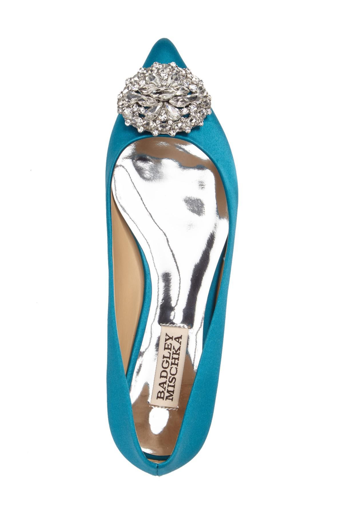 e45bbc30d31 Lyst - Badgley Mischka  davis  Crystal Embellished Pointy Toe Flat ...