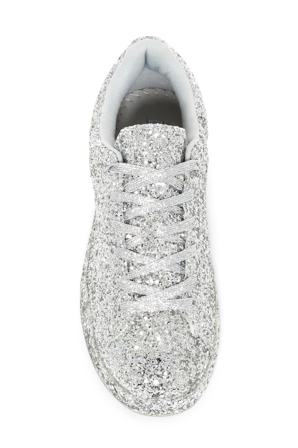 Cape Robbin Snappy Glitter Sneaker in
