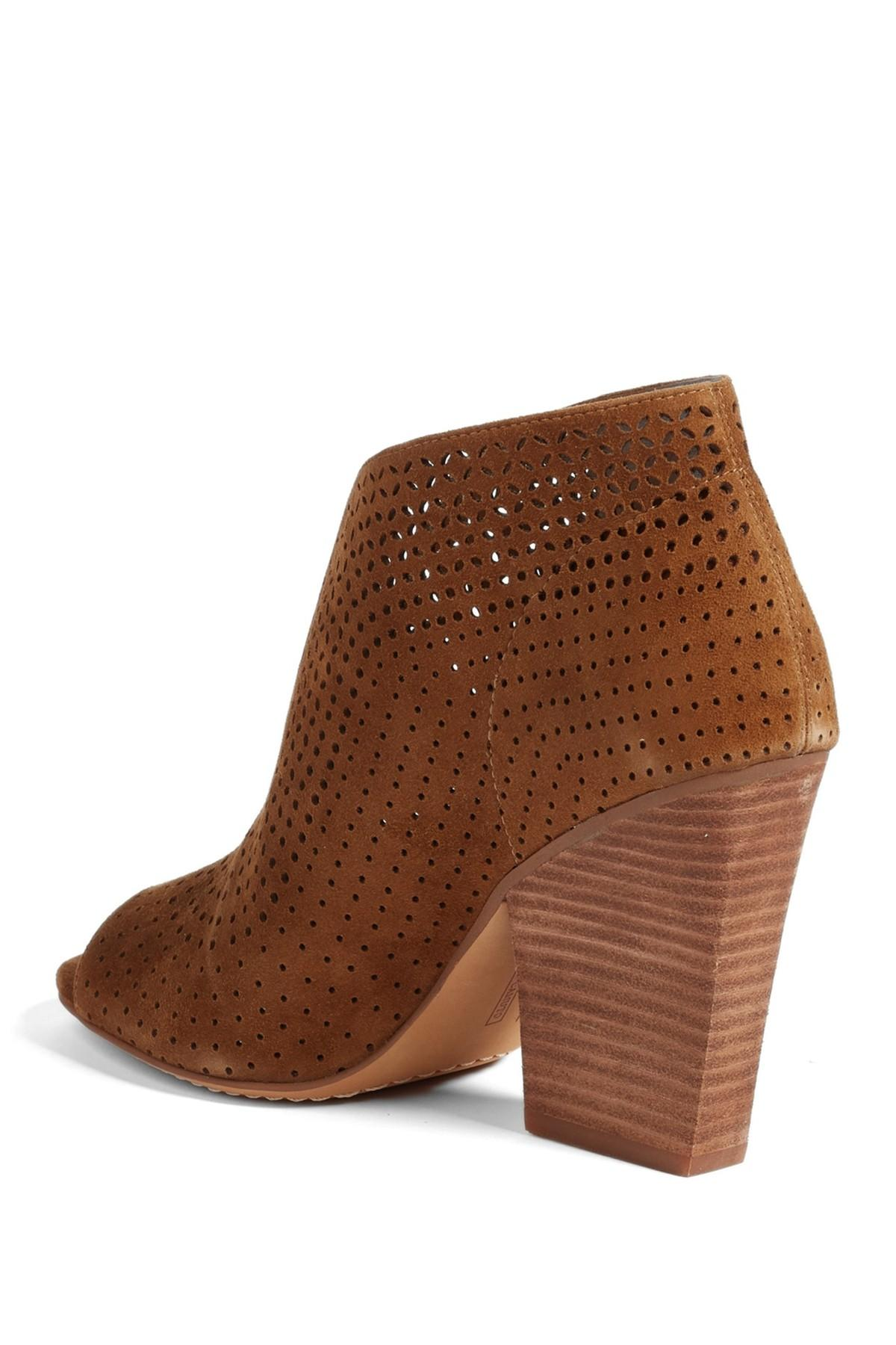 Vince Camuto Leather Kainan Open Toe