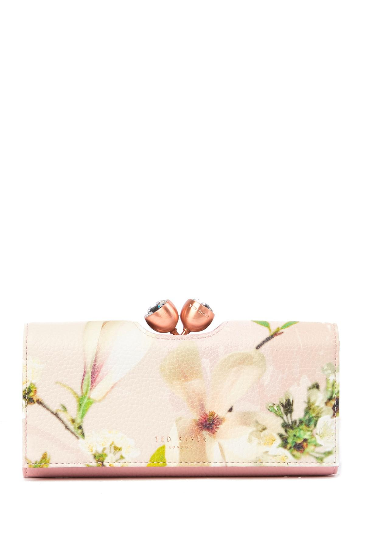 fe84c1b369503 Gallery. Previously sold at  Nordstrom Rack · Women s Fuchsia Wallets ...