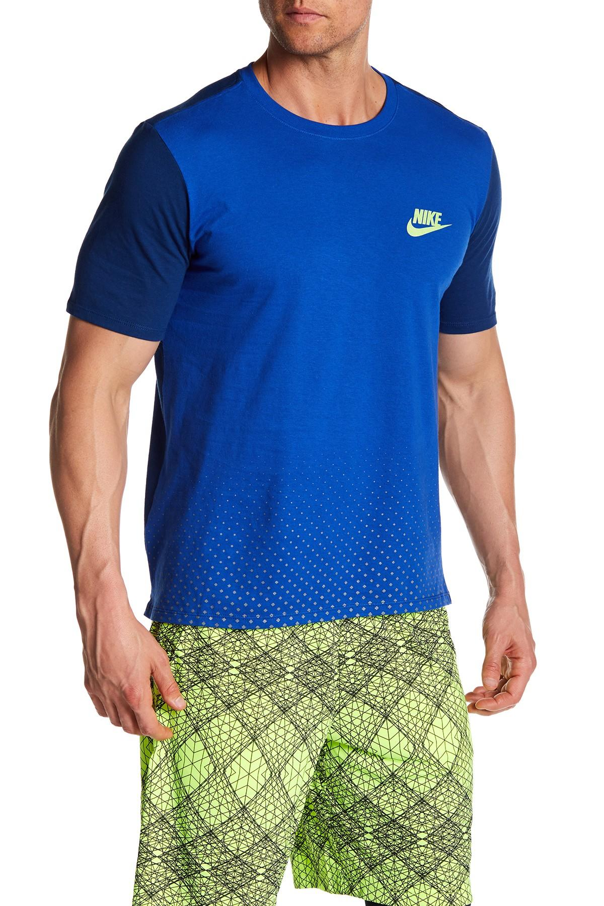 Lyst nike av15 colorblock athletic cut tee in blue for men for Mens athletic cut shirts