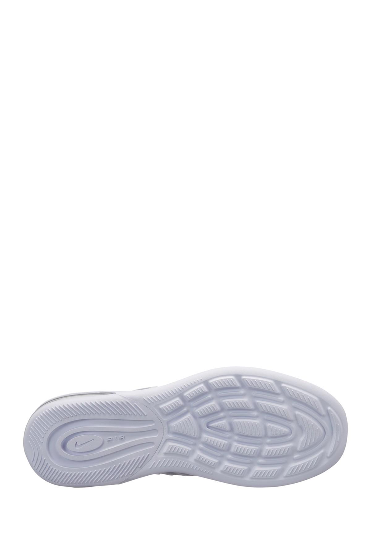 84ac376dc0 Nike Air Max Axis Sneaker - Lyst