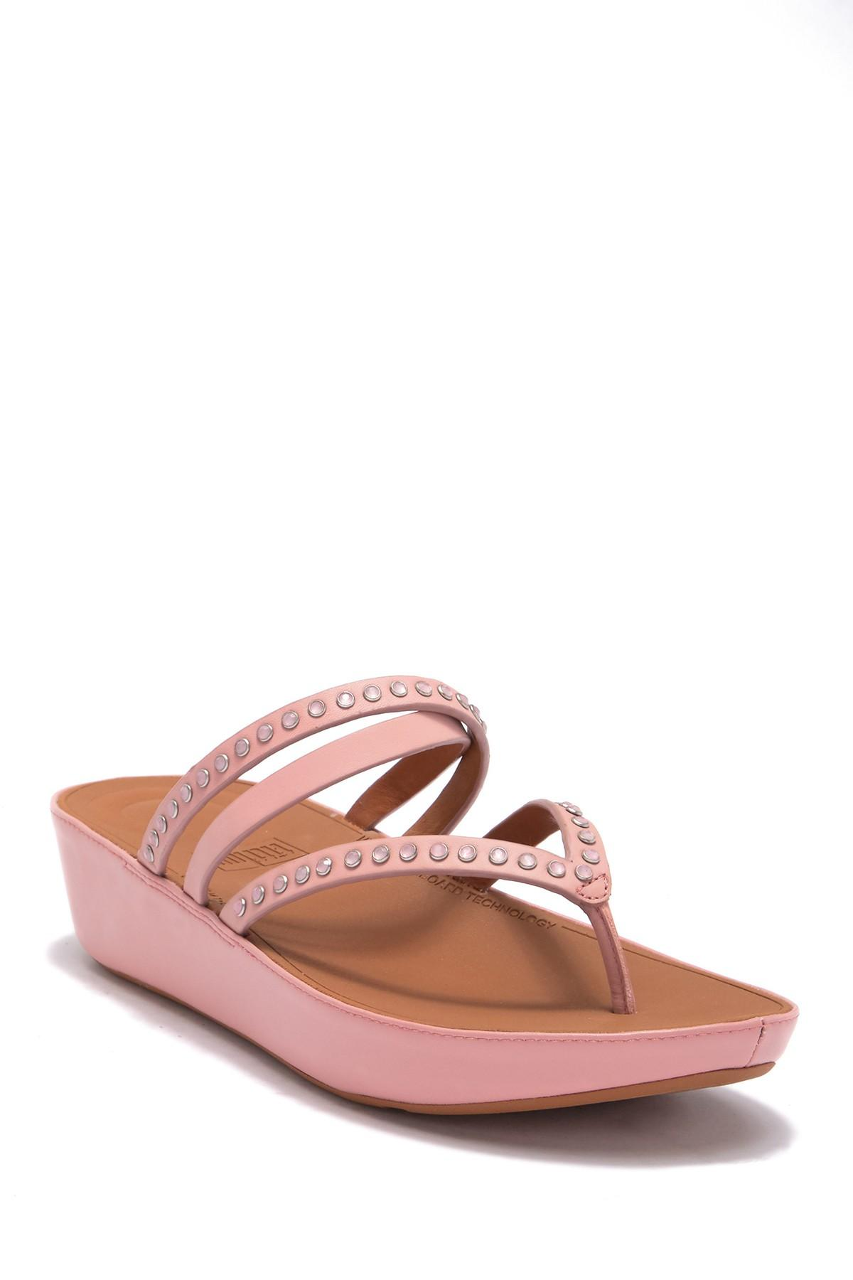 0af66fef6862 Lyst - Fitflop Linny Crisscross Wedge Thong Sandal in Pink