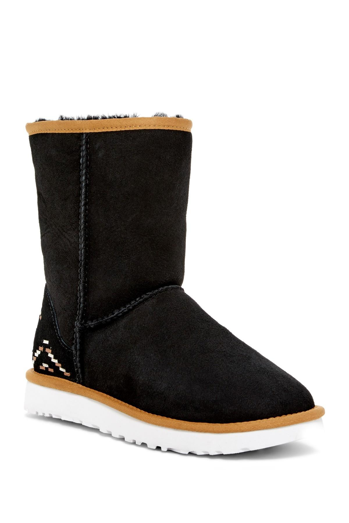 d9d26e54091 Women's Black Australia Classic Short Genuine Shearling Lined - Rustic  Weave Boot