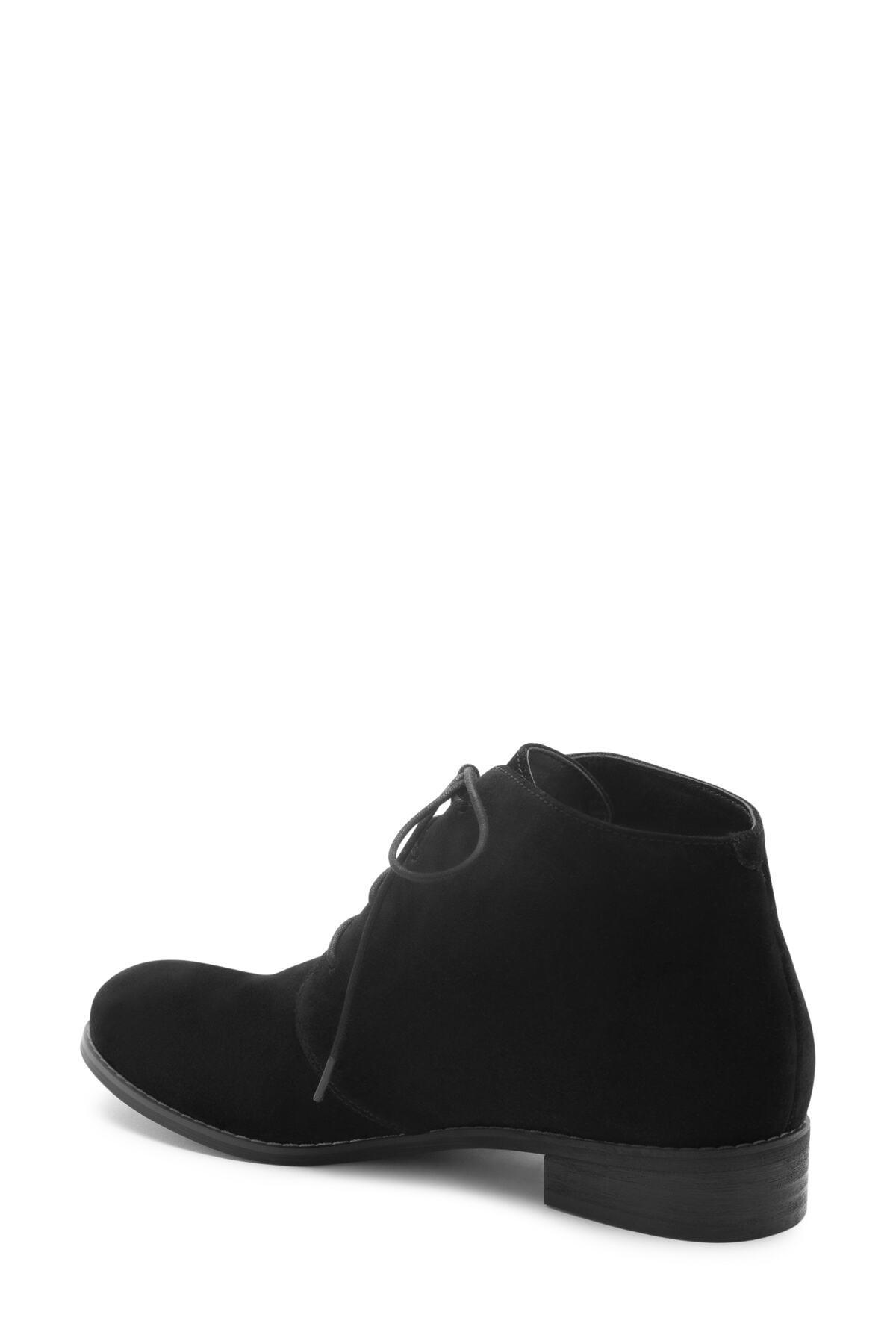 Blondo Rayann Waterproof Desert Boot