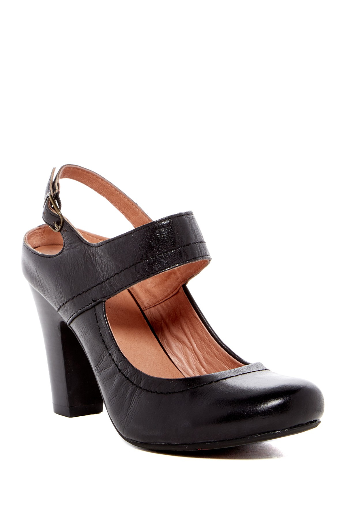 b7adfcc39d0 Gallery. Previously sold at  Nordstrom Rack · Women s Mary Jane Shoes