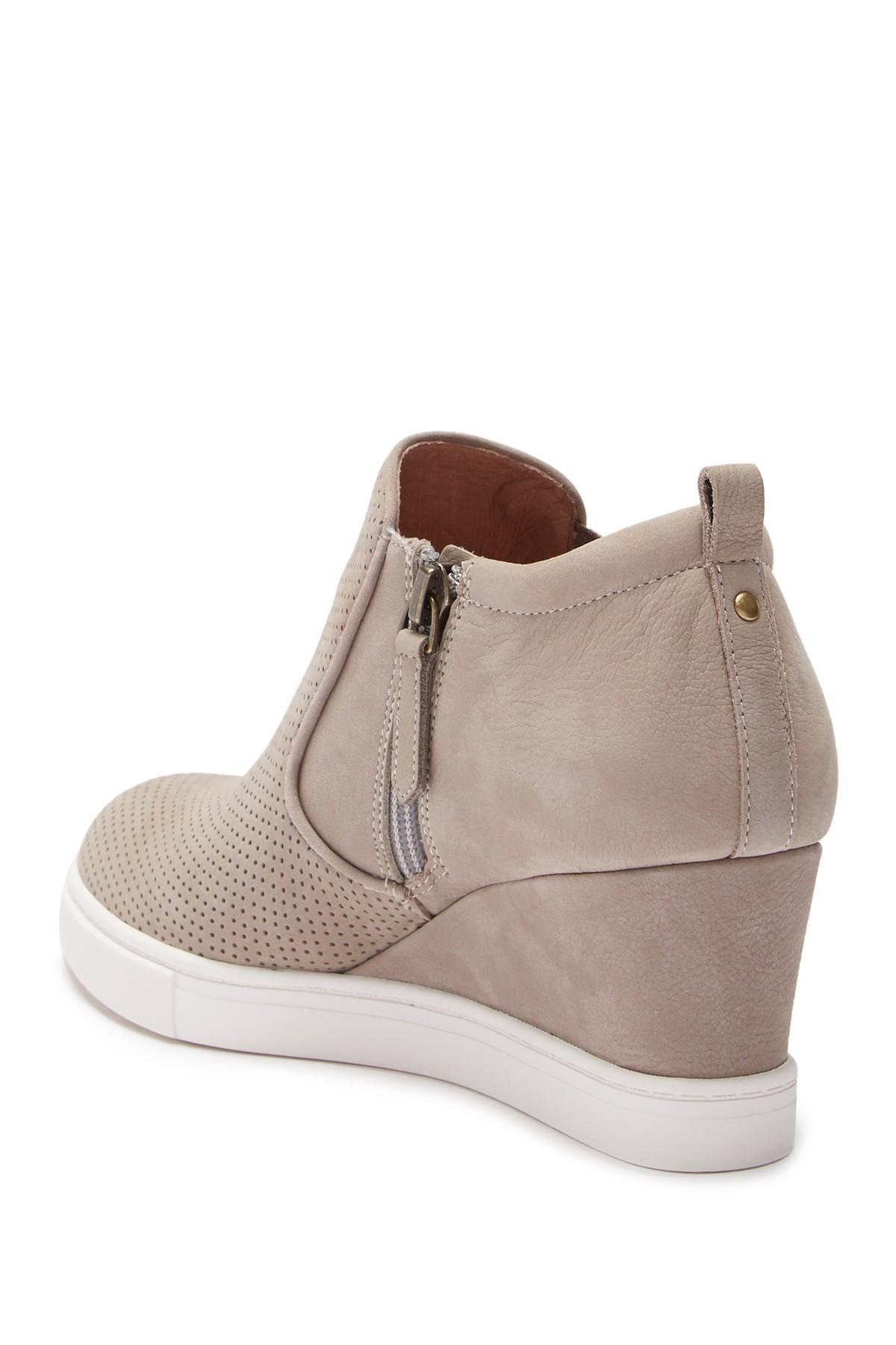 Caslon Aiden Wedge Sneaker in Brown - Lyst