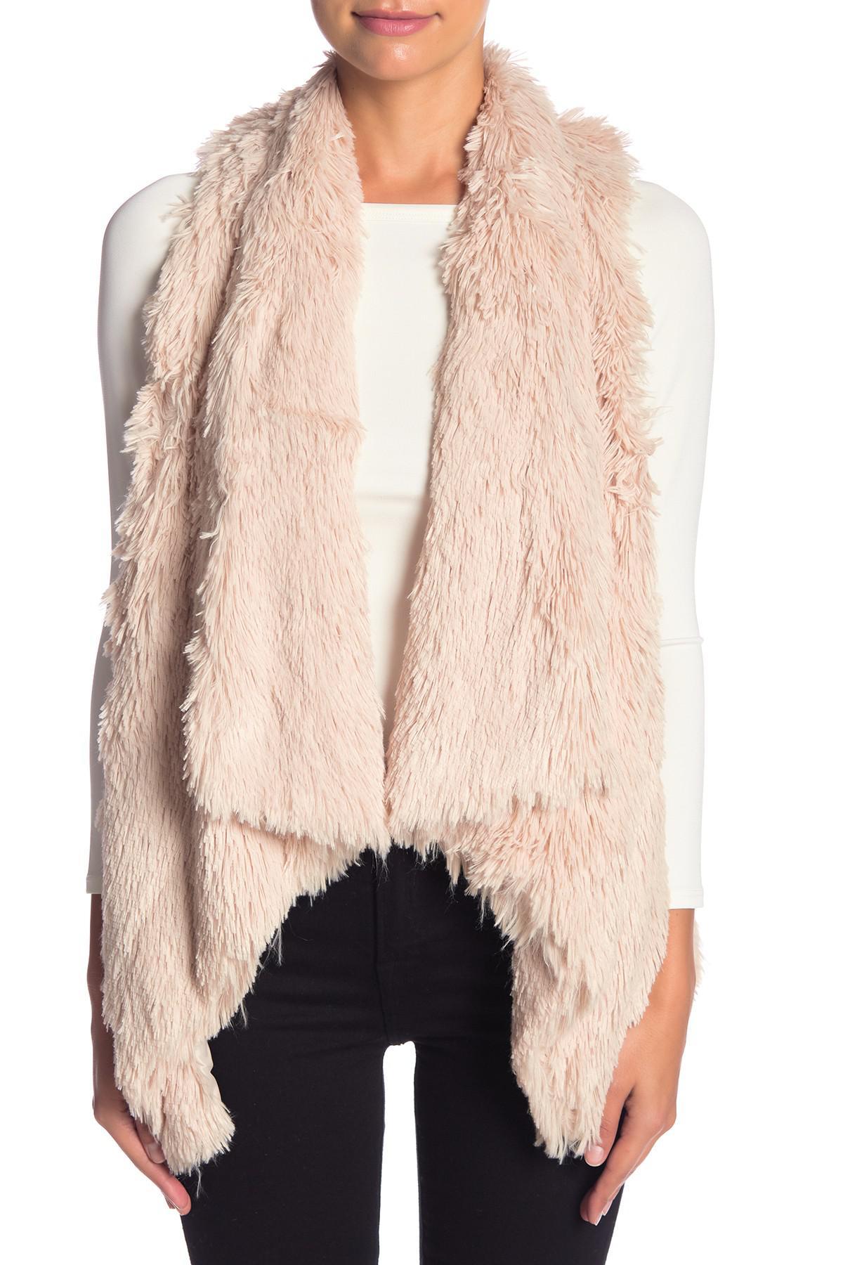 wit fluffy vest
