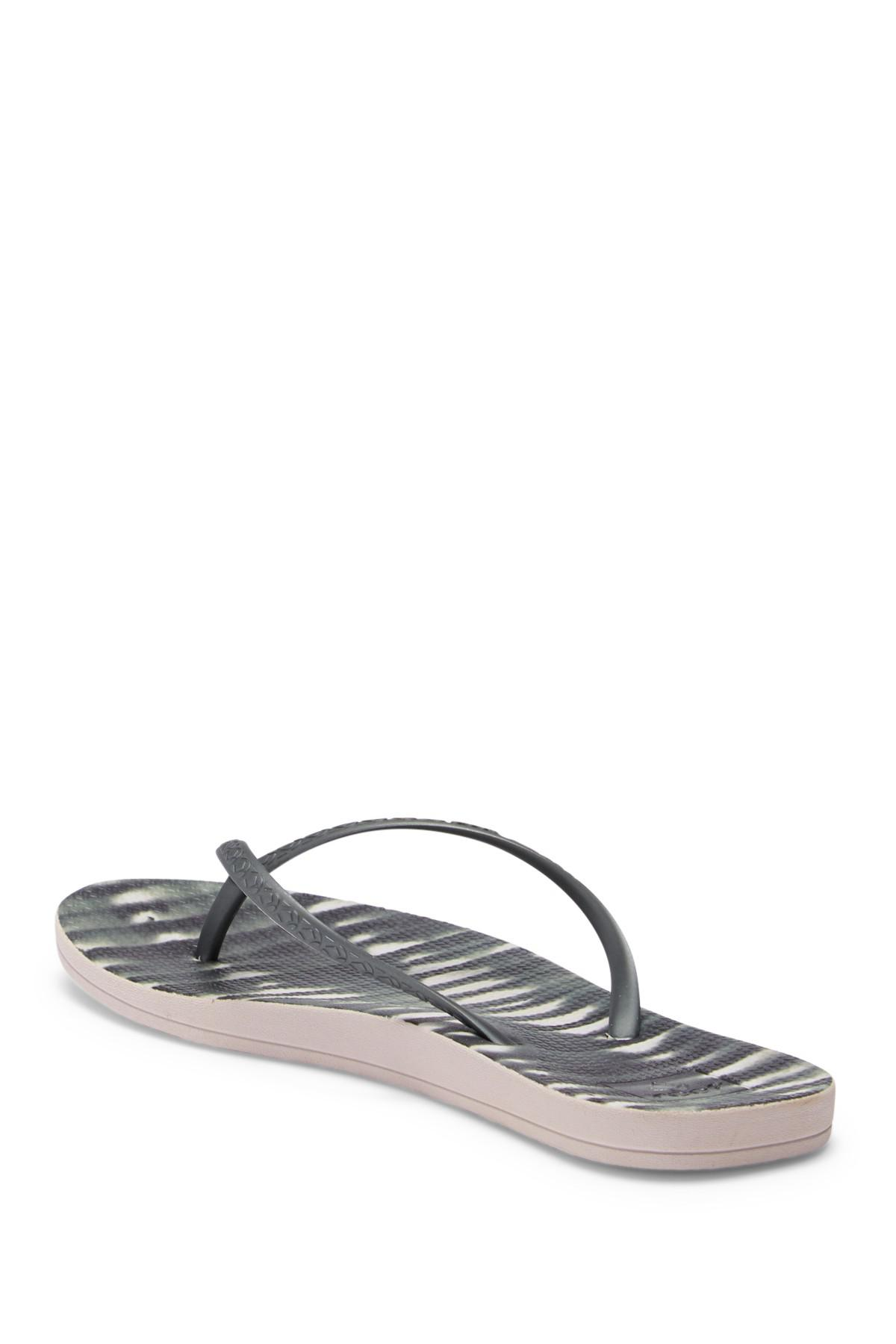 8410bfa1cfd75 Lyst - Reef Escape Lux Printed Thong Sandal in Black - Save ...