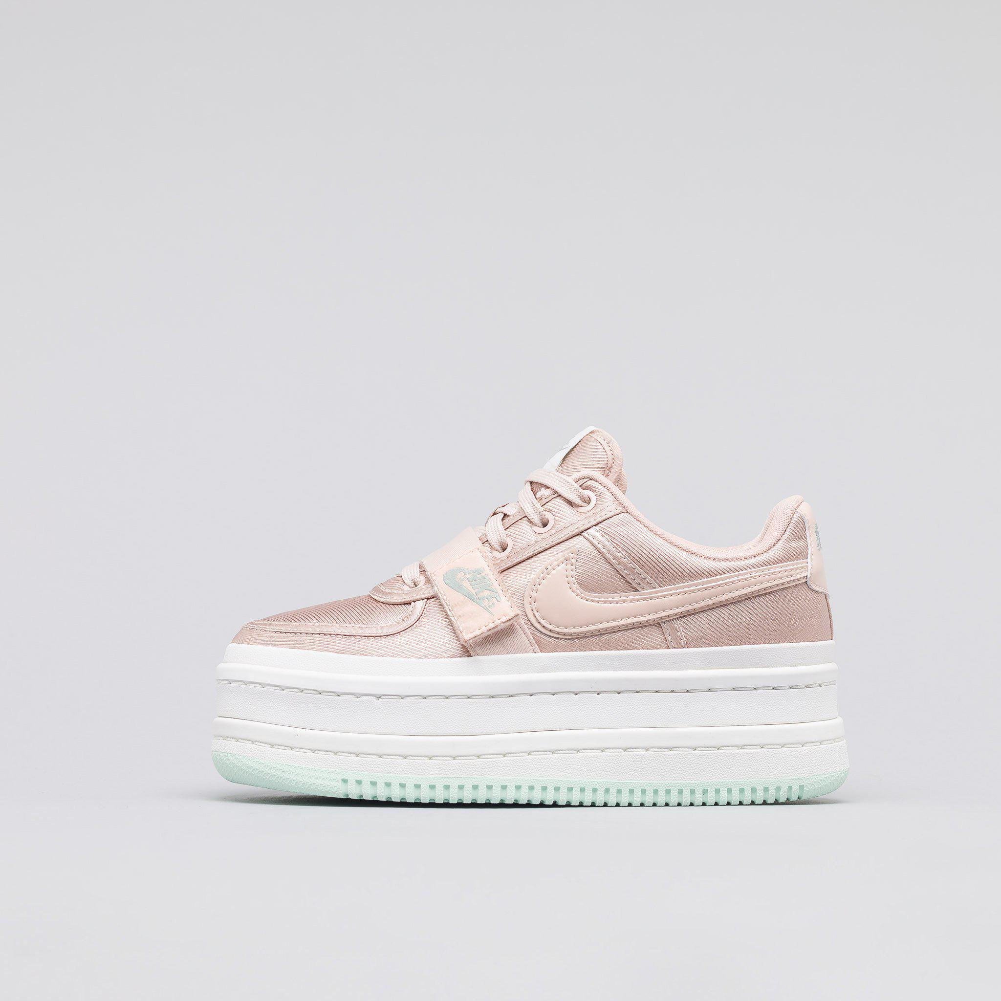 hot sale online fb833 58974 Lyst - Nike Womens Vandal 2k In Particle Beige in Natural fo