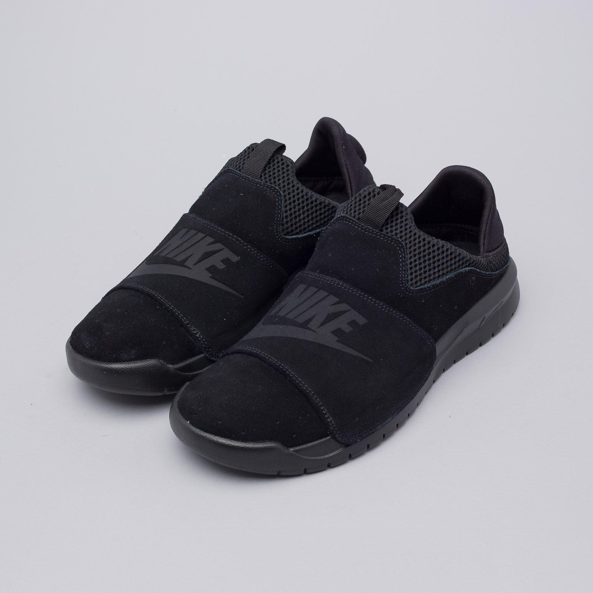 Nike Suede Benassi Slip On In Core