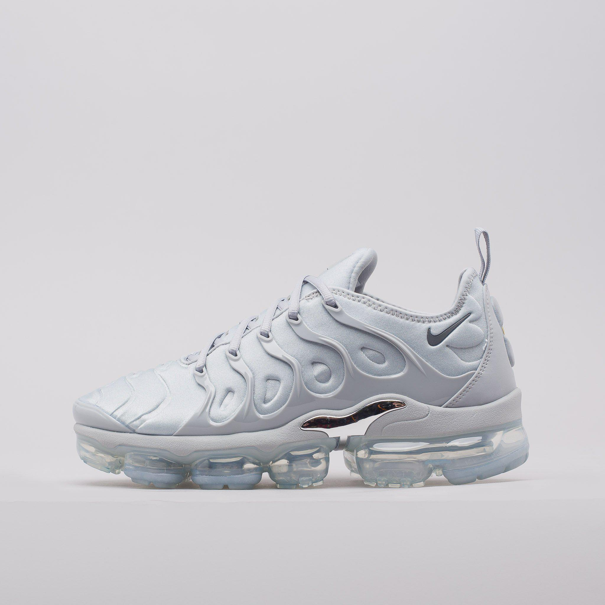 detailed look f7198 d0dff Nike Gray Air Vapormax Plus In Wolf Grey for men