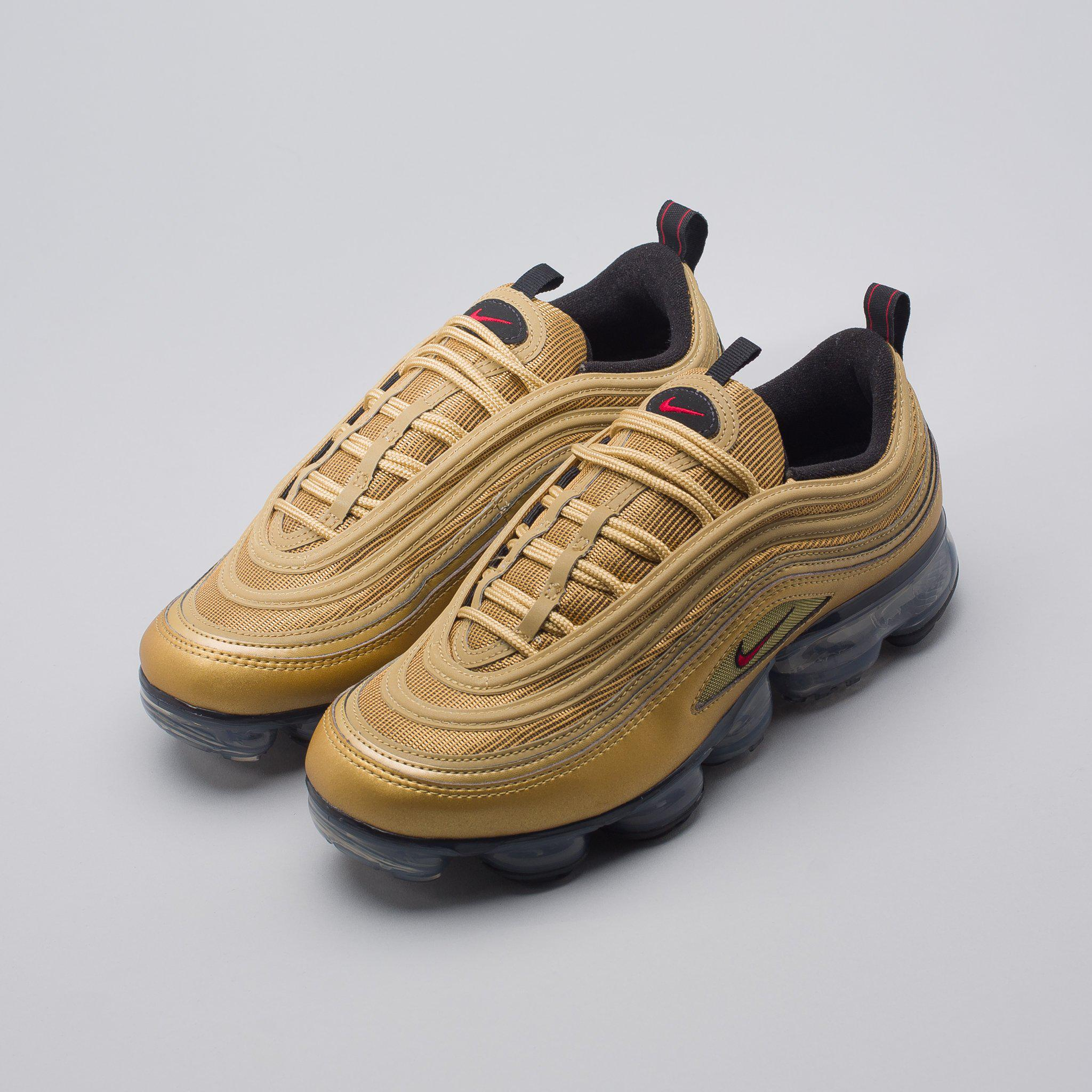sports shoes 8dc62 9306f Nike Air Vapormax 97 In Metallic Gold for men
