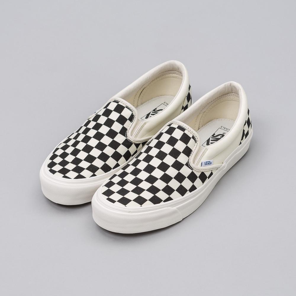 checkerboard vans slip on near me