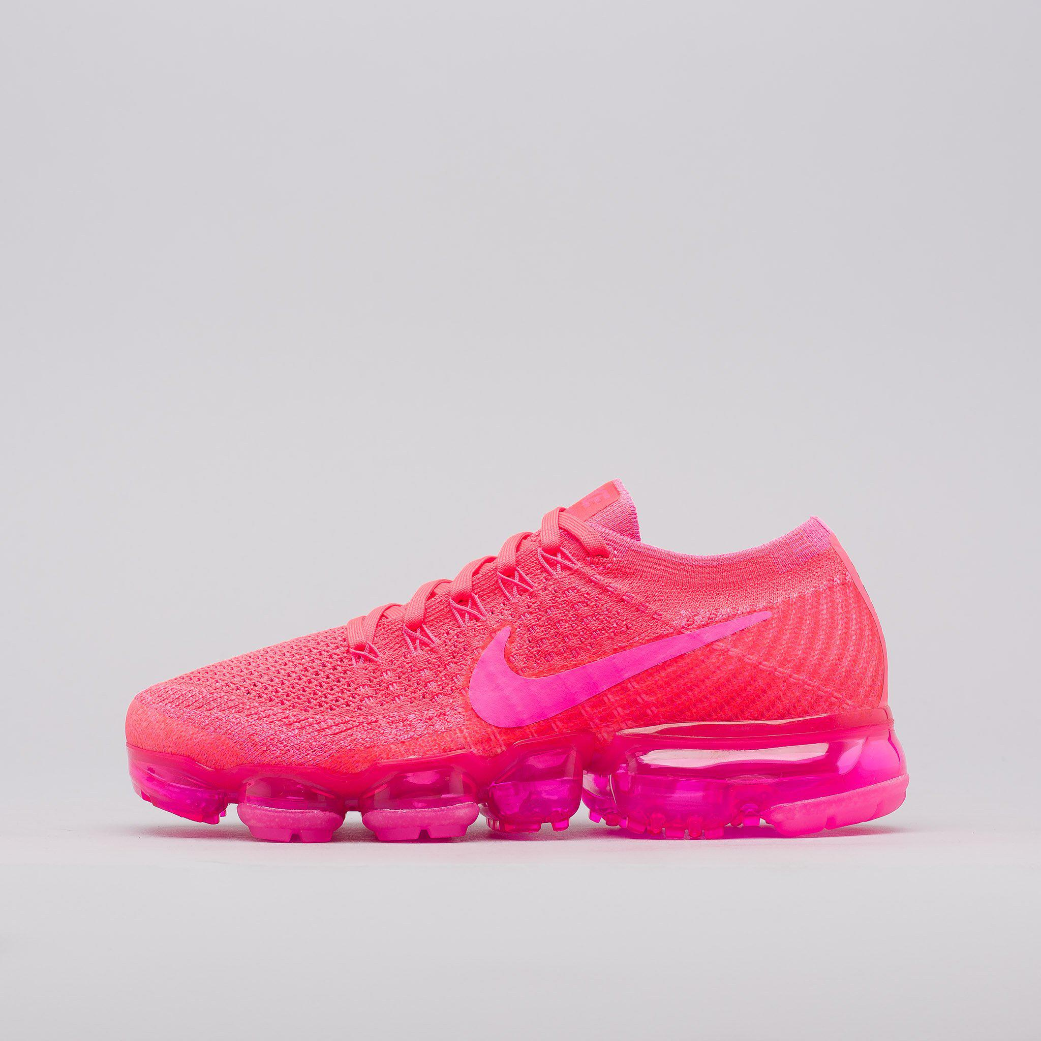 official photos 41183 74789 Nike Pink Women's Air Vapormax Flyknit In Hyper Punch for men
