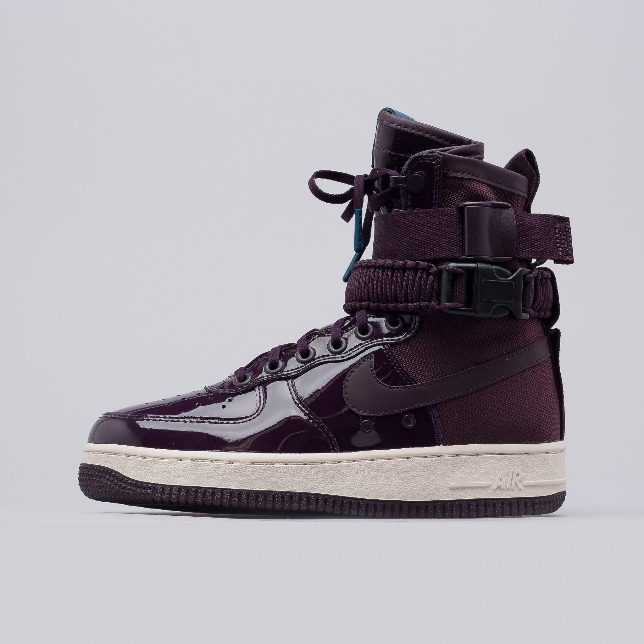 899988bc940f Lyst - Nike Women s Special Field Air Force 1 Se Prm In Port Wine ...