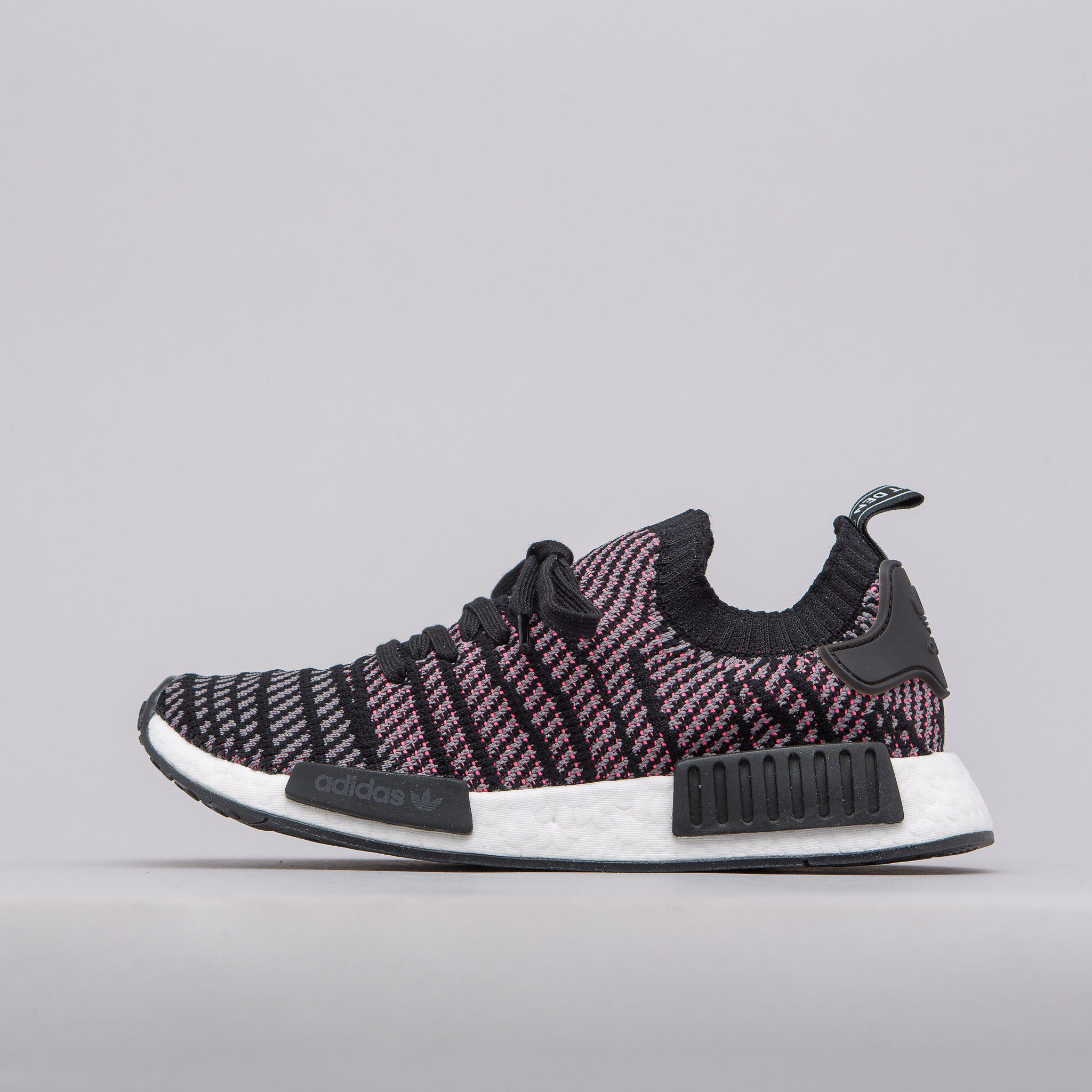 huge discount 3d019 bb968 Adidas Nmd R1 Stlt Primeknit In Solar Pink/core Black for men