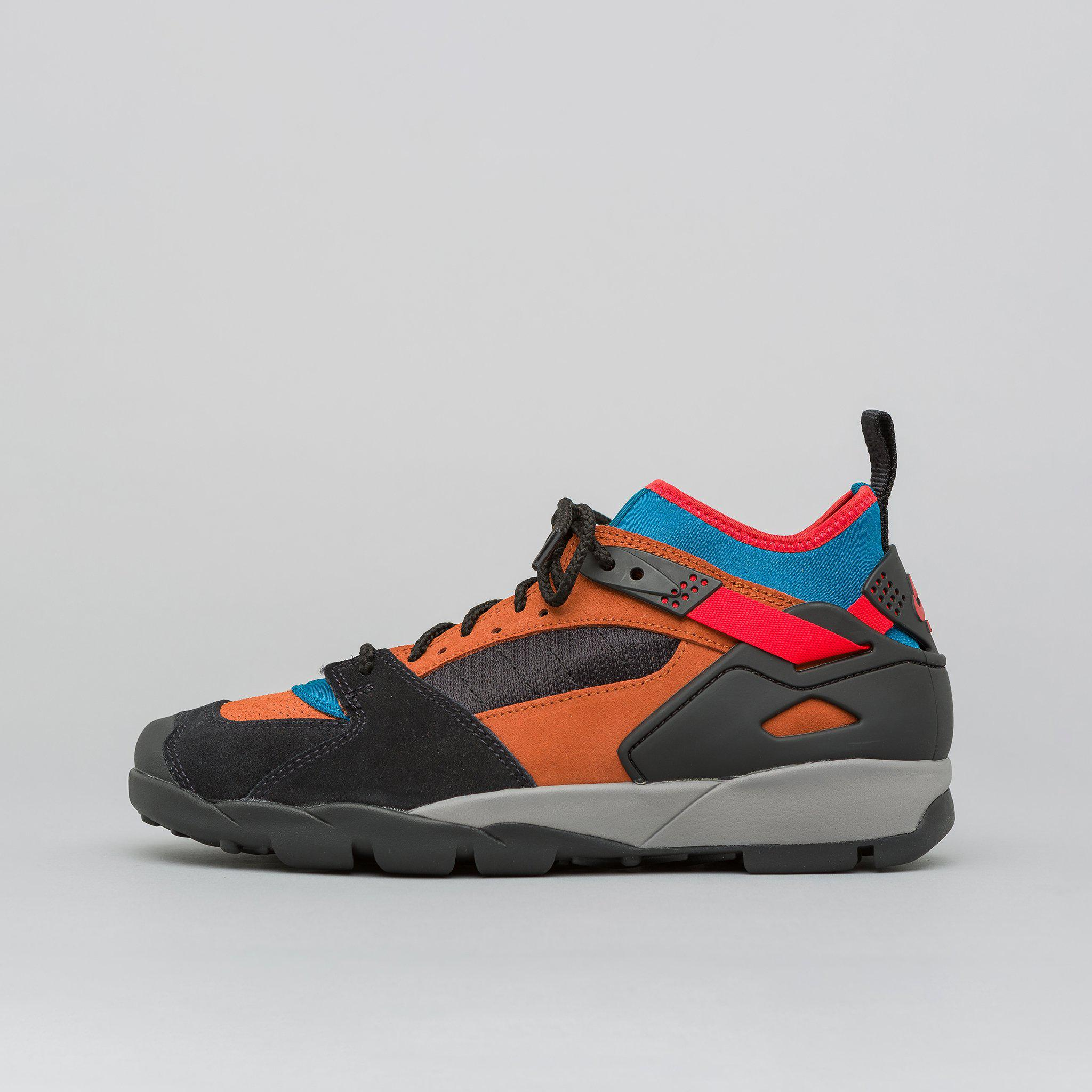 lowest price promo code outlet Air Revaderchi In Black/habanero Red/russet