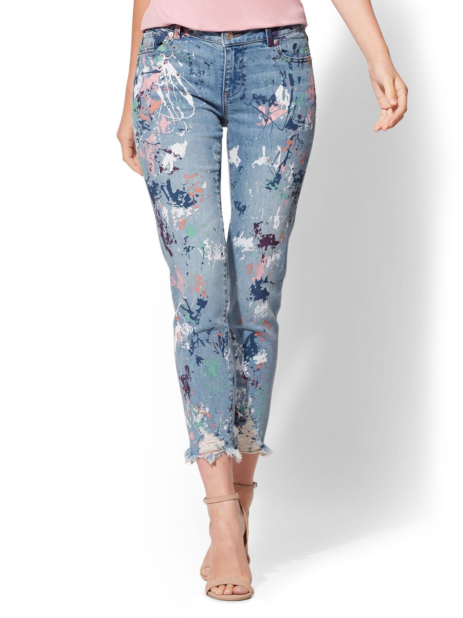 51a7db5a3cd7 New York   Company. Women s Blue Destroyed Paint-splattered Boyfriend Jeans  - Soho Jeans