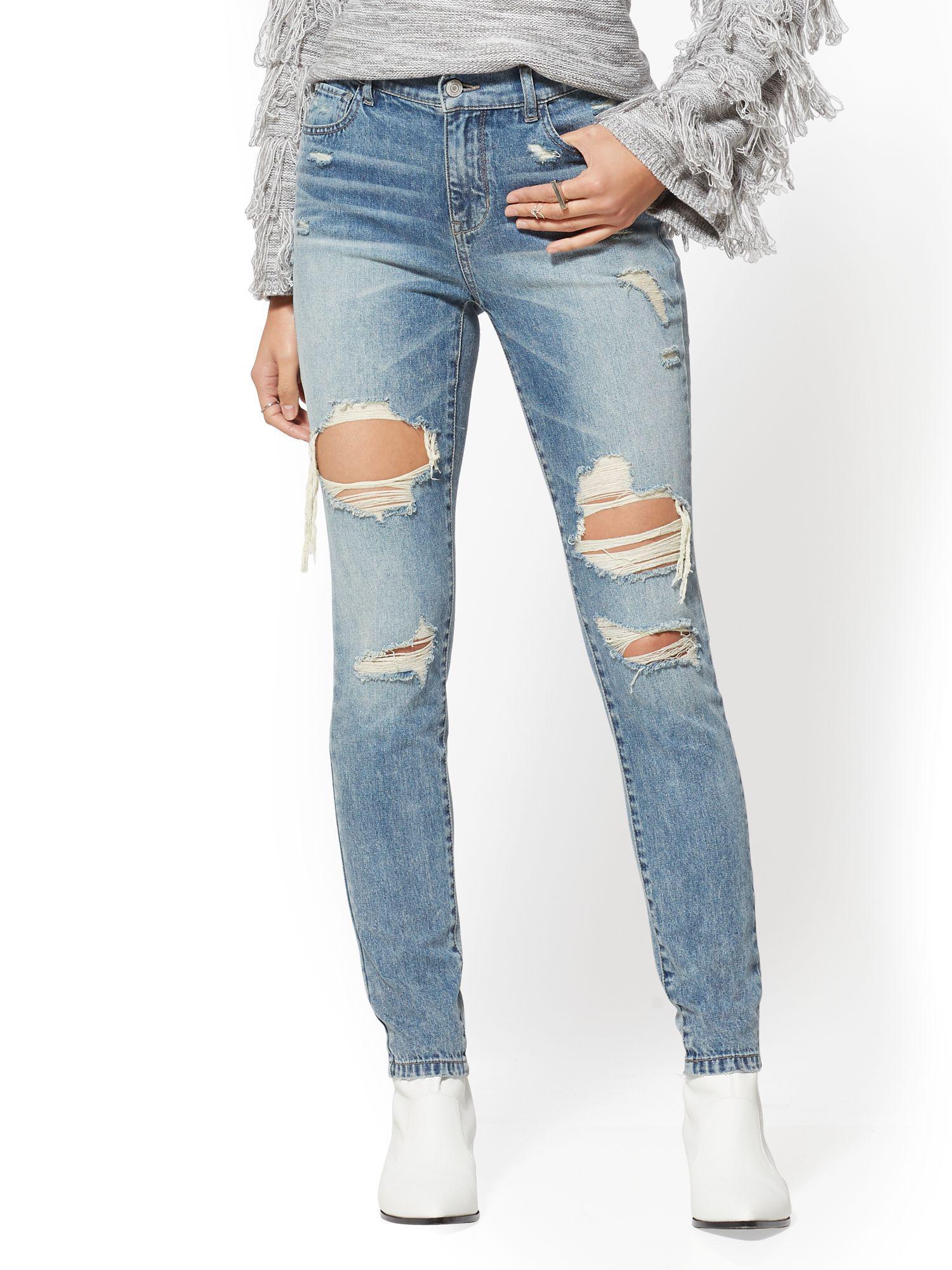 f40a62837e0 Lyst - New York   Company Soho Jeans - High-waist Legging - Wave ...