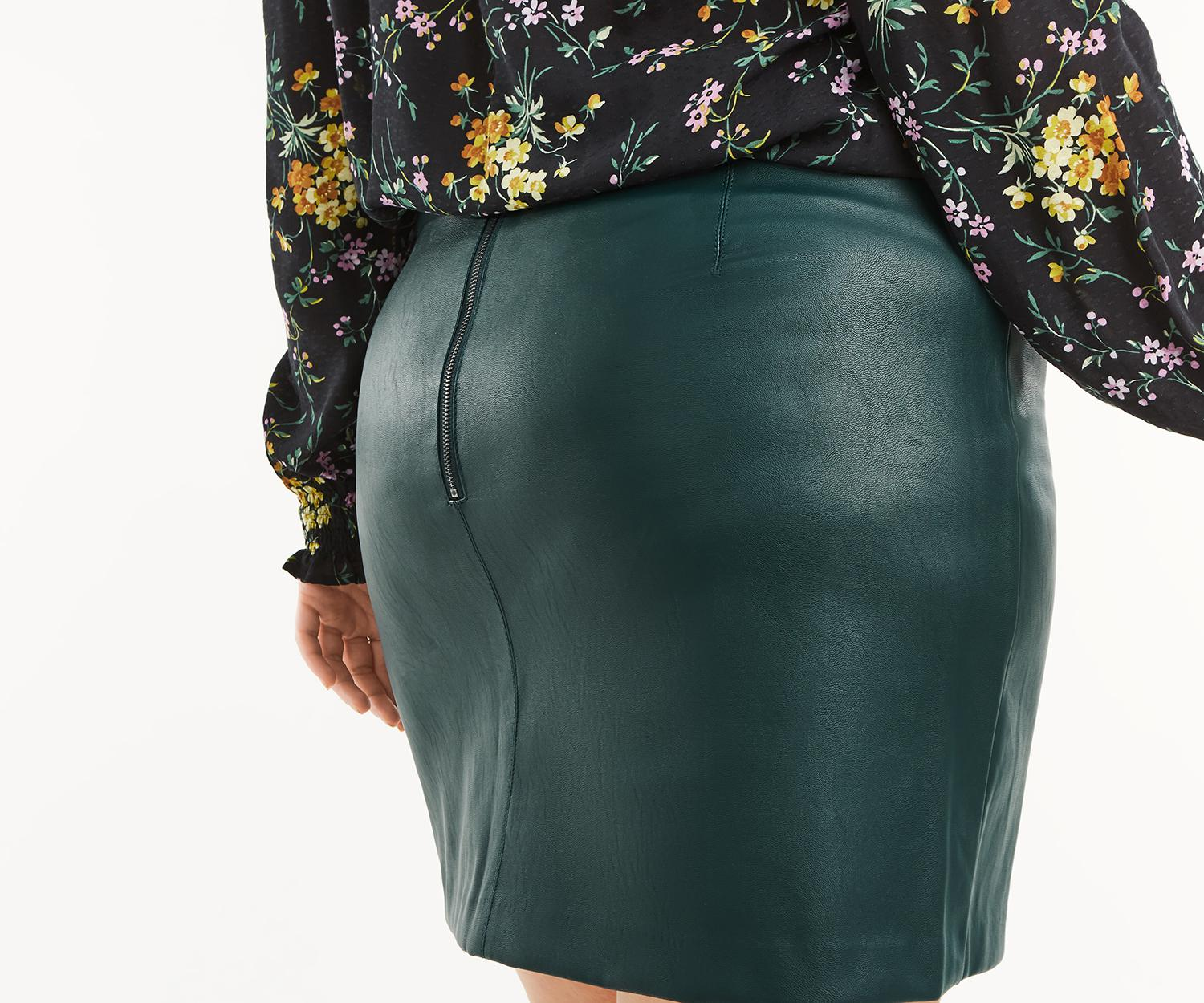f5aeef13a Oasis Curve Leather Look Skirt* in Green - Save 27.77777777777777 ...